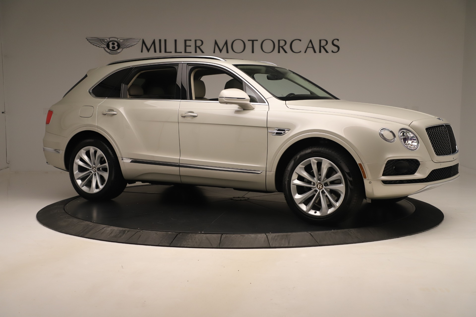 New 2020 Bentley Bentayga V8 For Sale In Greenwich, CT 3419_p10