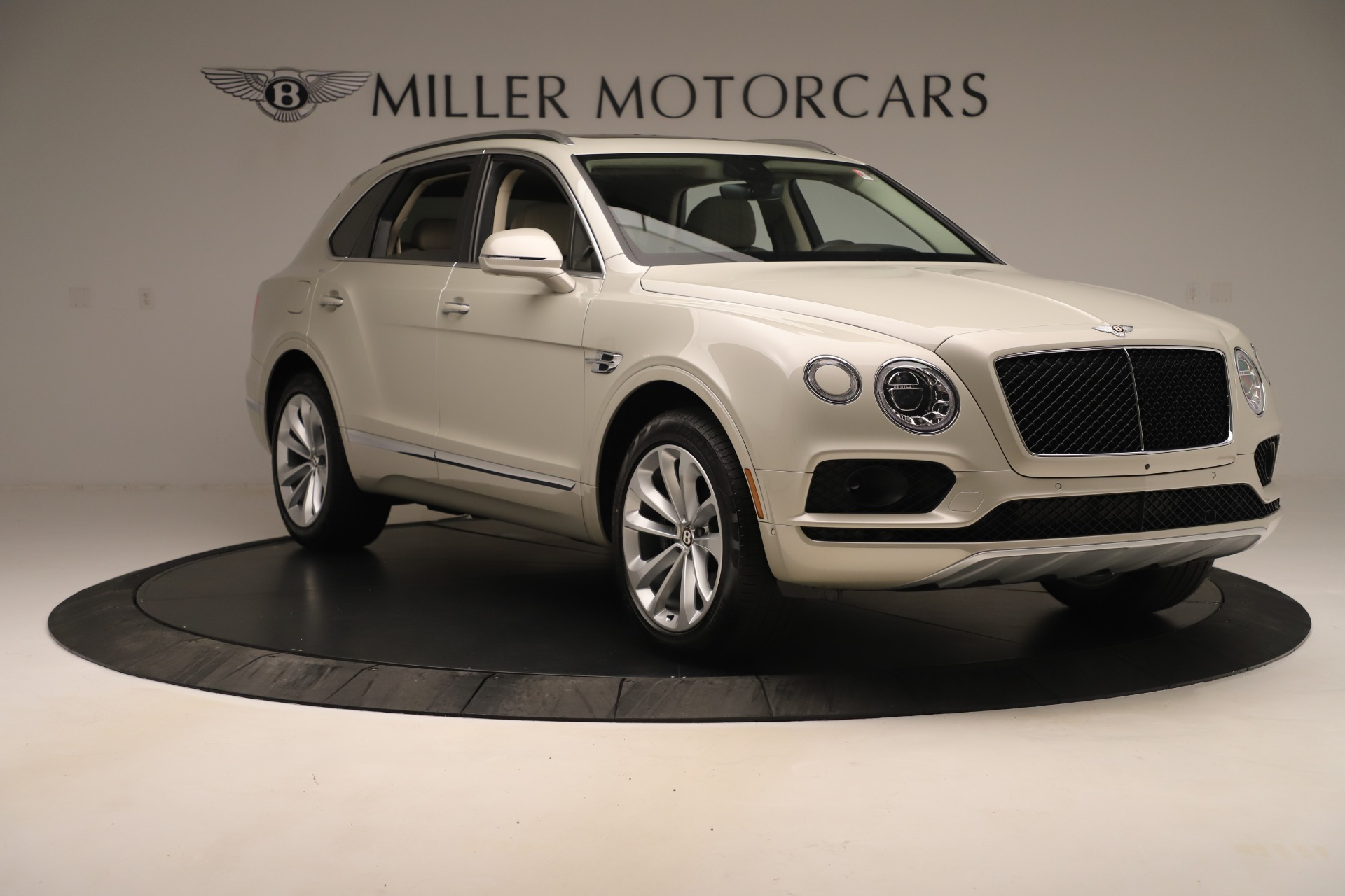 New 2020 Bentley Bentayga V8 For Sale In Greenwich, CT 3419_p11