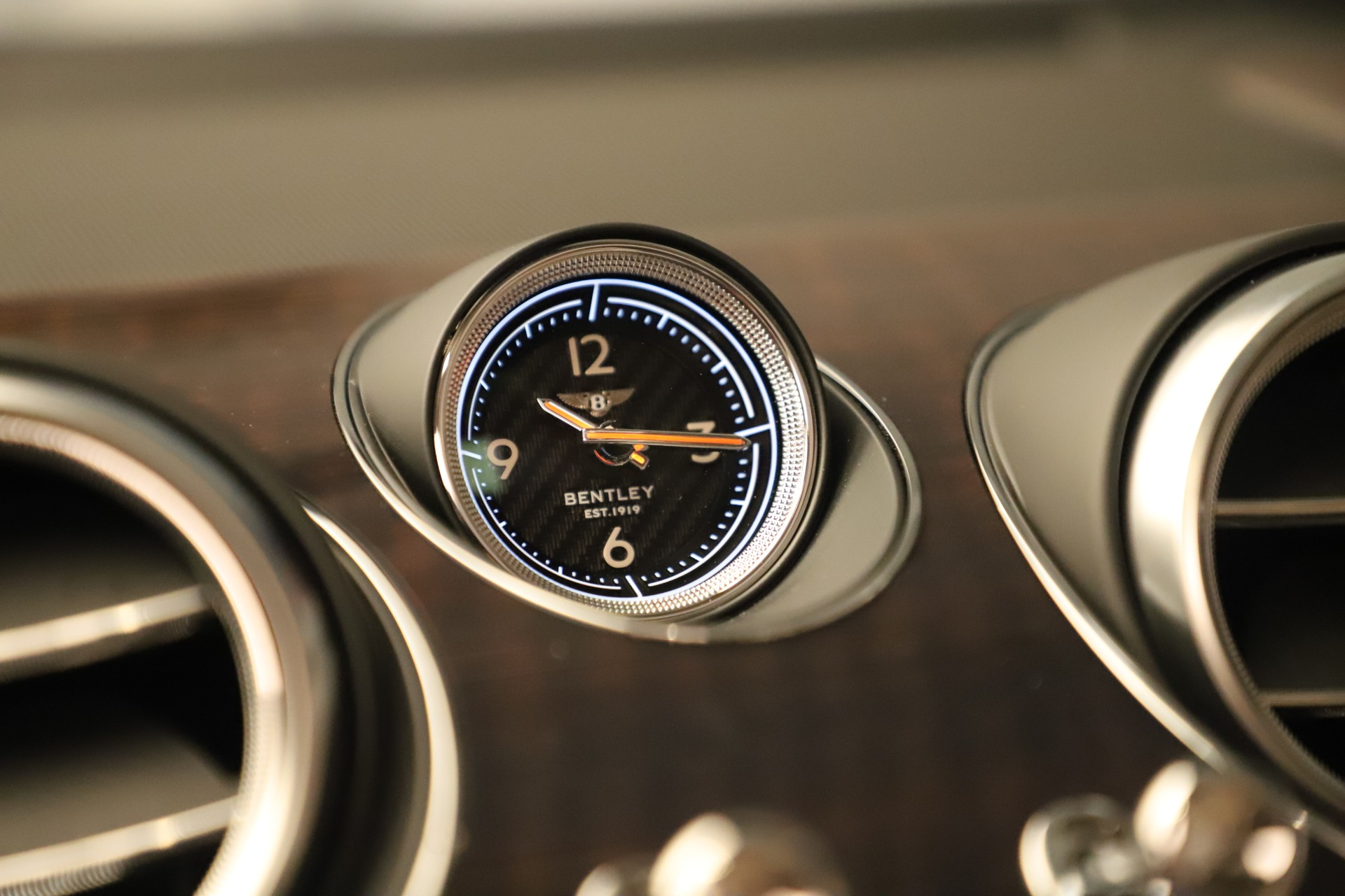 New 2020 Bentley Bentayga V8 For Sale In Greenwich, CT 3419_p26