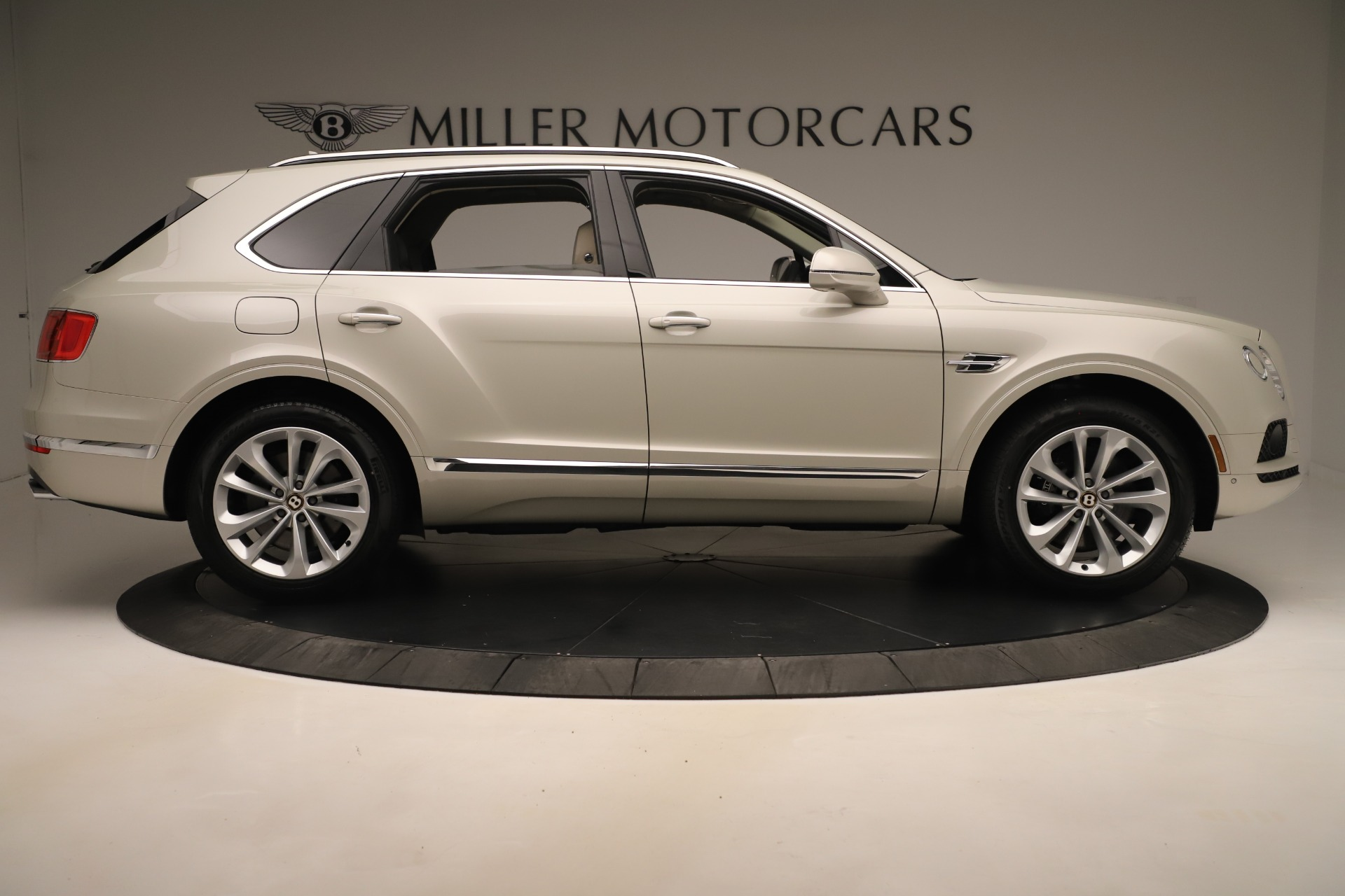 New 2020 Bentley Bentayga V8 For Sale In Greenwich, CT 3419_p9