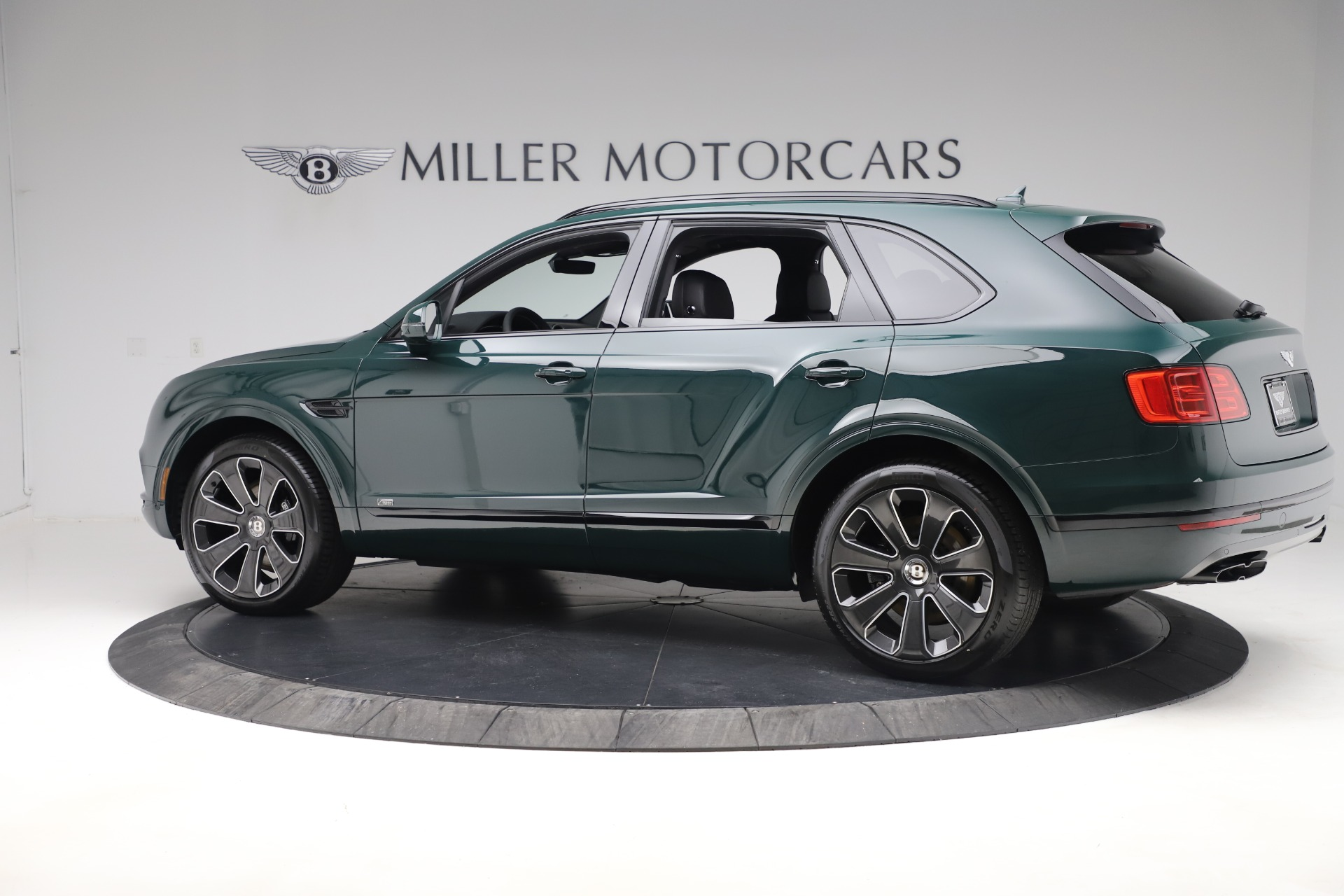 New 2020 Bentley Bentayga V8 Design Series For Sale In Greenwich, CT 3427_p4