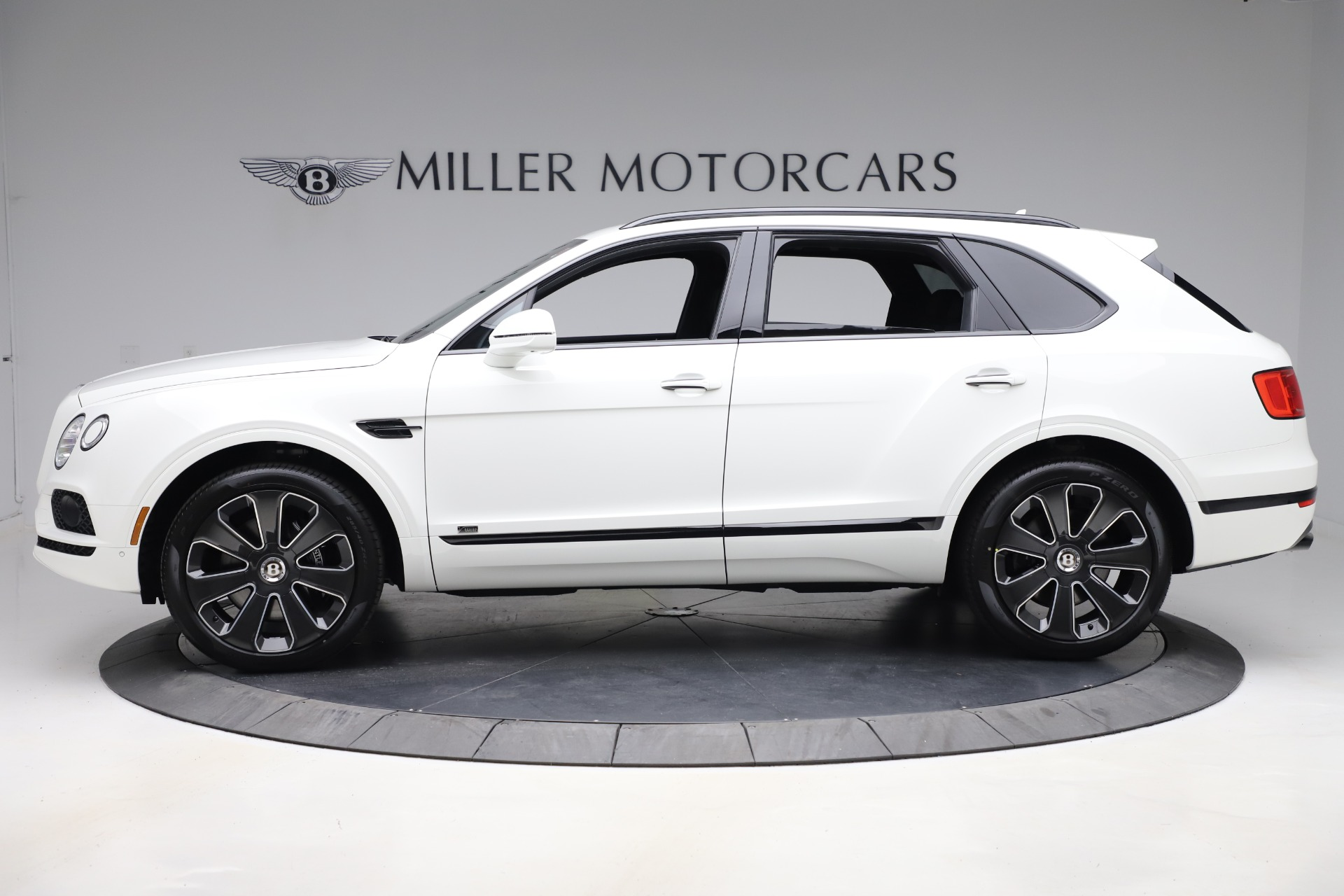 New 2020 Bentley Bentayga V8 Design Series For Sale In Greenwich, CT 3428_p3