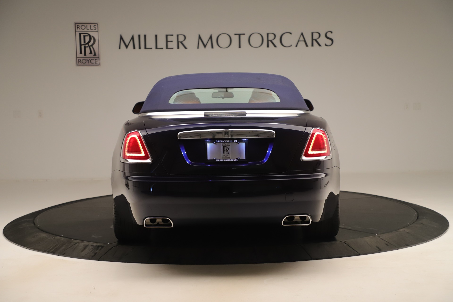 Used 2016 Rolls-Royce Dawn  For Sale In Greenwich, CT 3430_p12