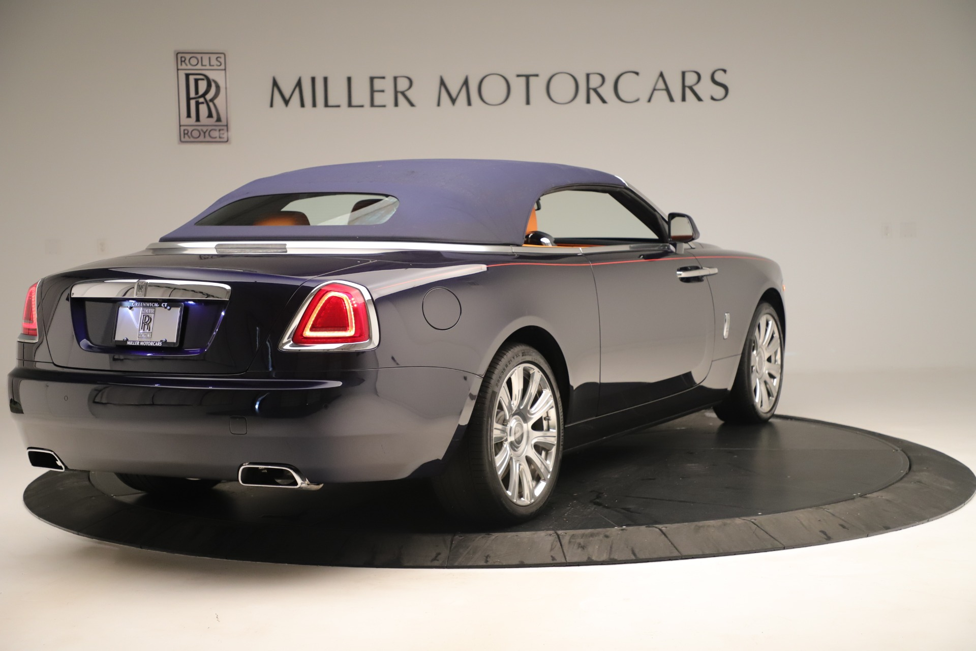 Used 2016 Rolls-Royce Dawn  For Sale In Greenwich, CT 3430_p13