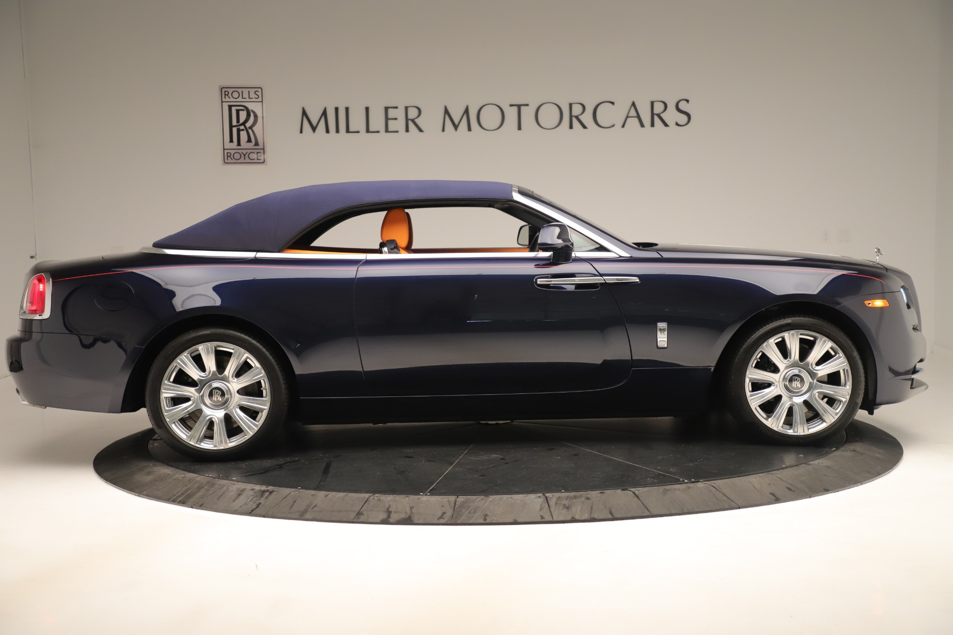 Used 2016 Rolls-Royce Dawn  For Sale In Greenwich, CT 3430_p14