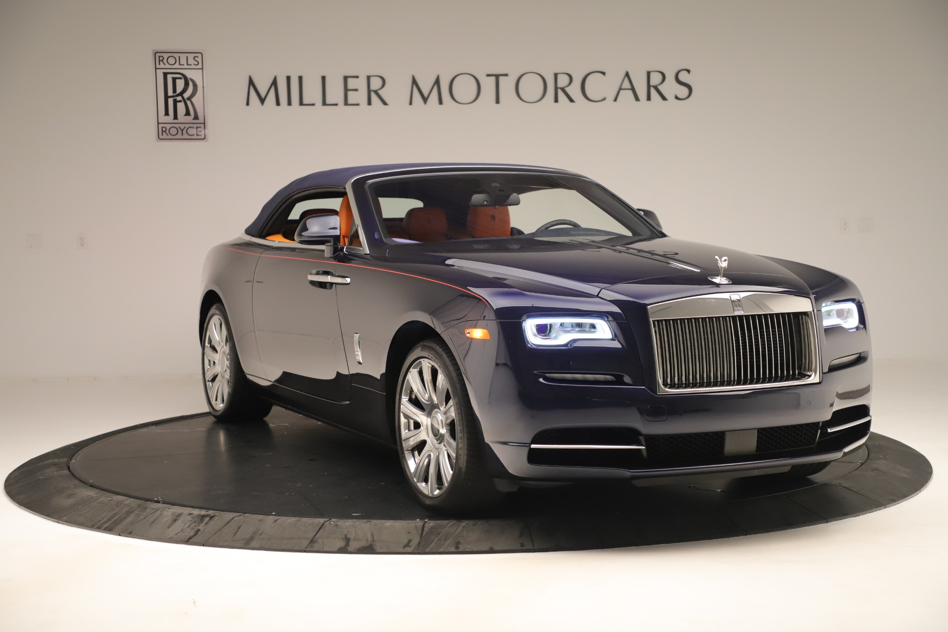 Used 2016 Rolls-Royce Dawn  For Sale In Greenwich, CT 3430_p15