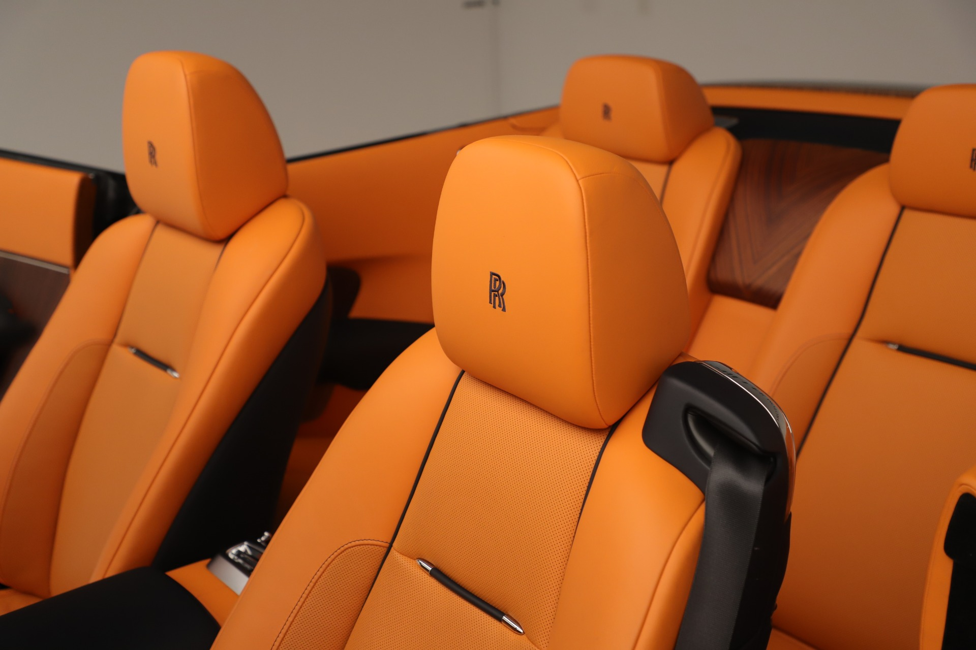 Used 2016 Rolls-Royce Dawn  For Sale In Greenwich, CT 3430_p20