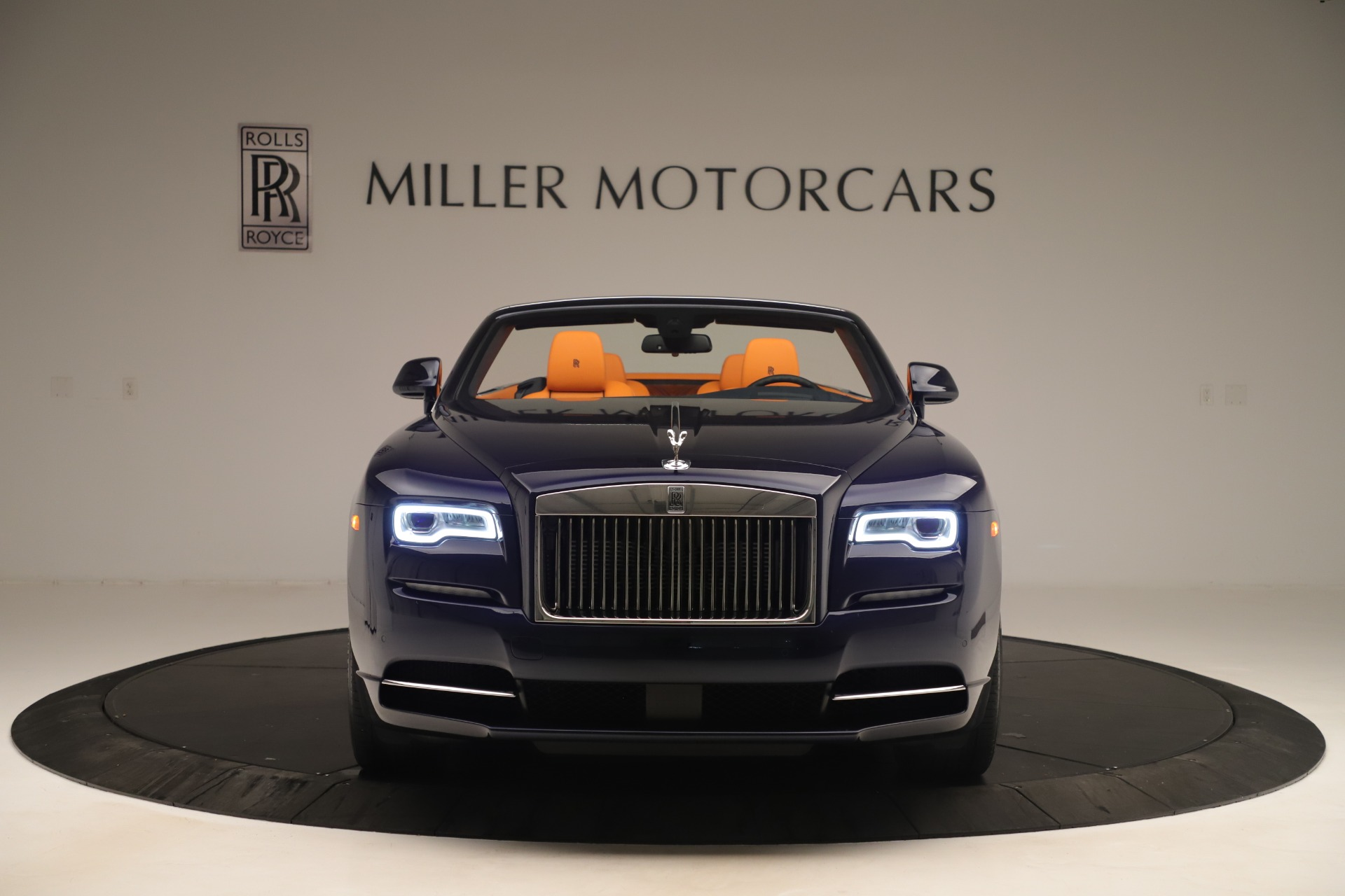Used 2016 Rolls-Royce Dawn  For Sale In Greenwich, CT 3430_p2