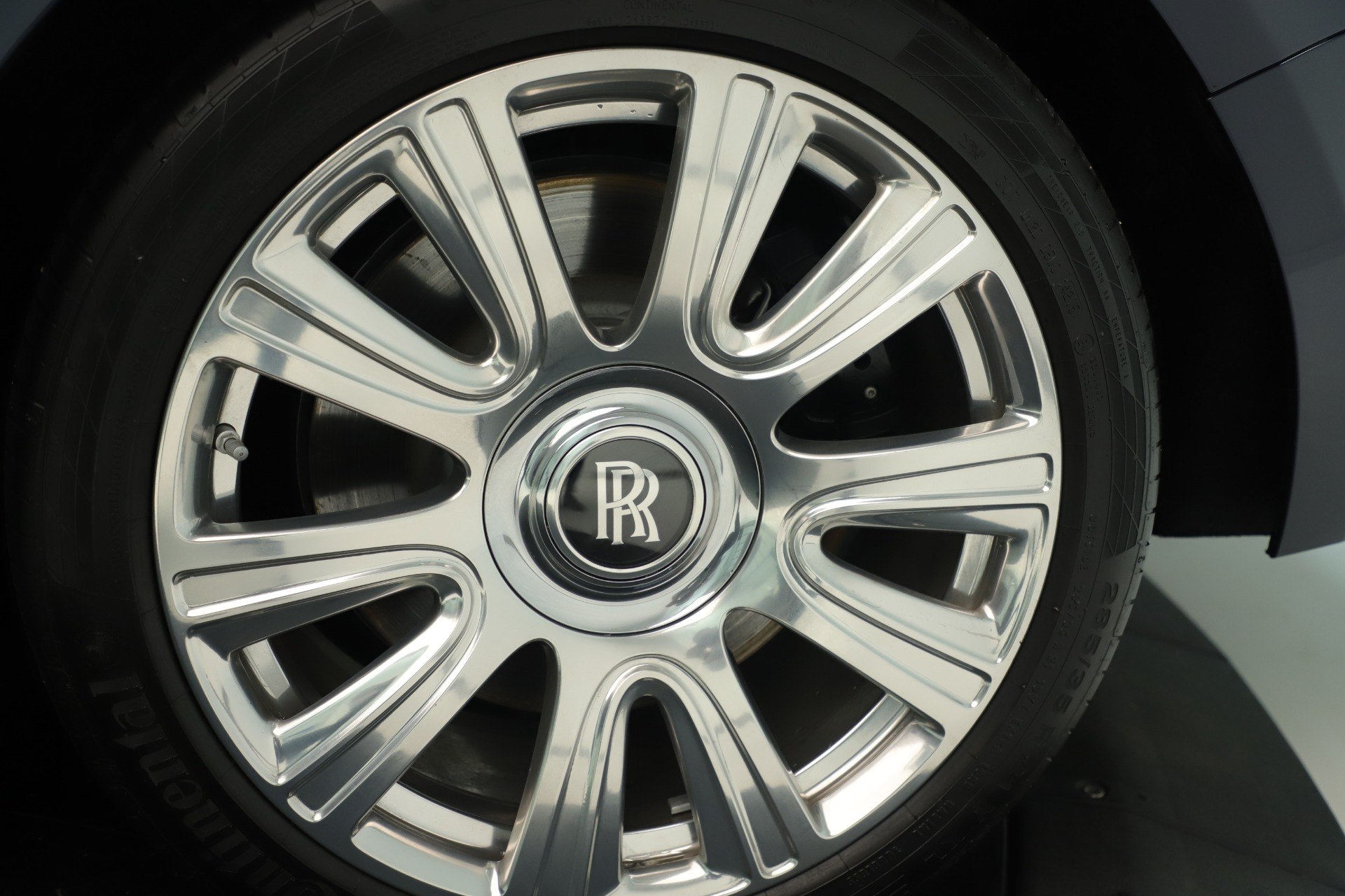 Used 2016 Rolls-Royce Dawn  For Sale In Greenwich, CT 3430_p36