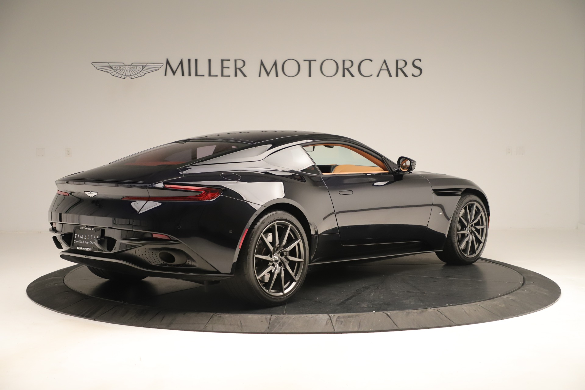 Used 2017 Aston Martin DB11 Launch Edition For Sale In Greenwich, CT 3431_p7