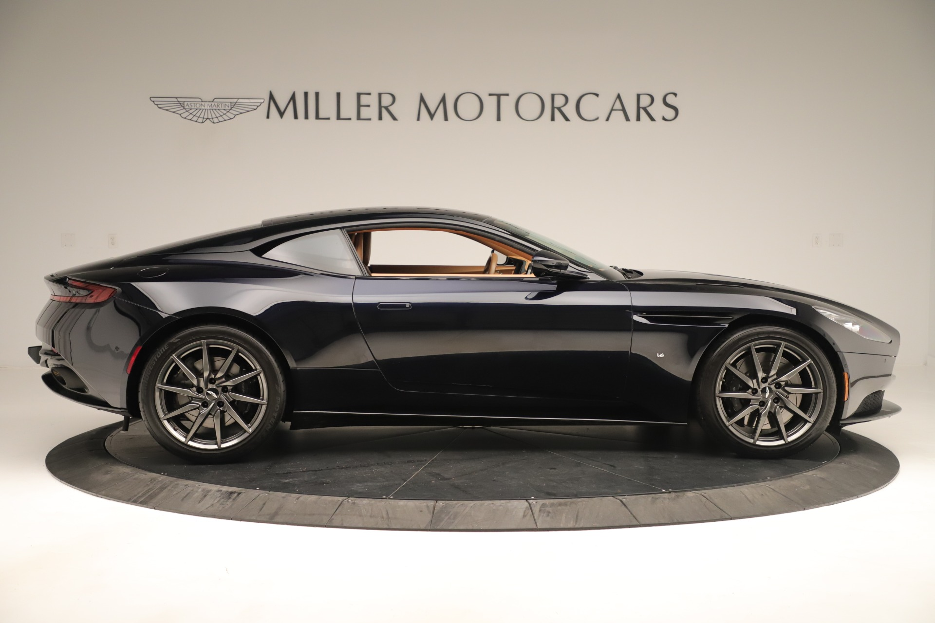 Used 2017 Aston Martin DB11 Launch Edition For Sale In Greenwich, CT 3431_p8