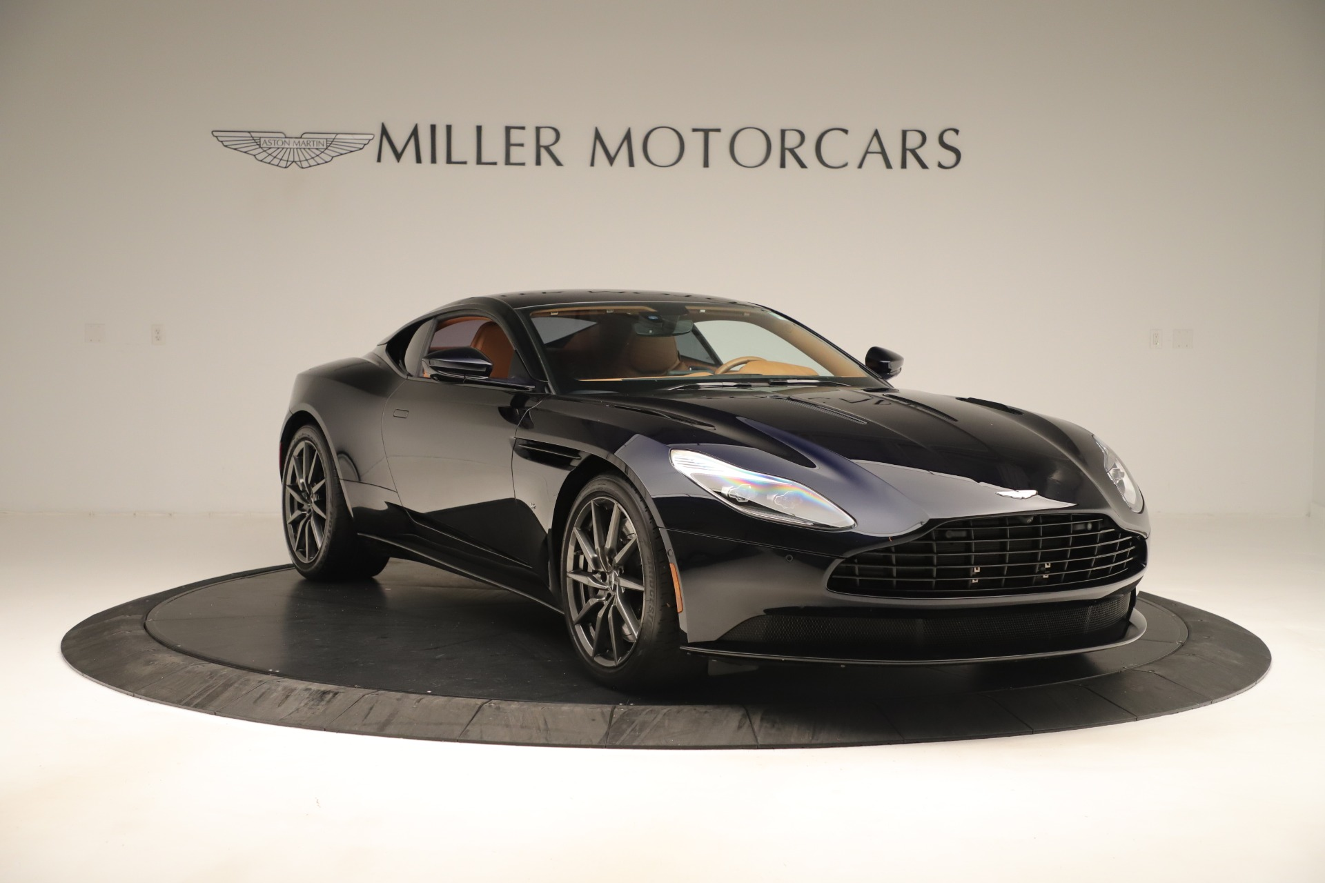 Used 2017 Aston Martin DB11 Launch Edition For Sale In Greenwich, CT 3431_p9