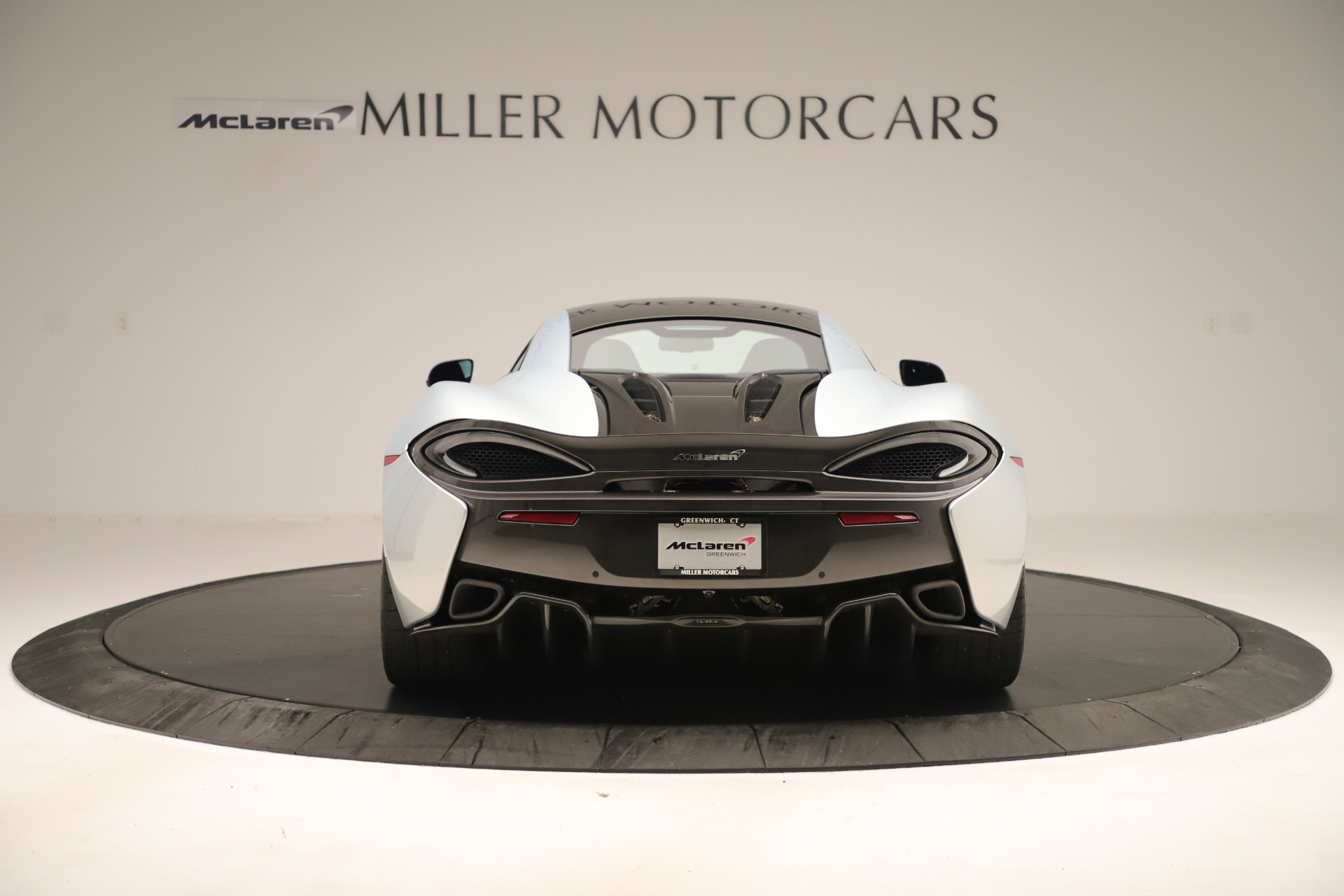 Used 2016 McLaren 570S Coupe For Sale In Greenwich, CT 3433_p5