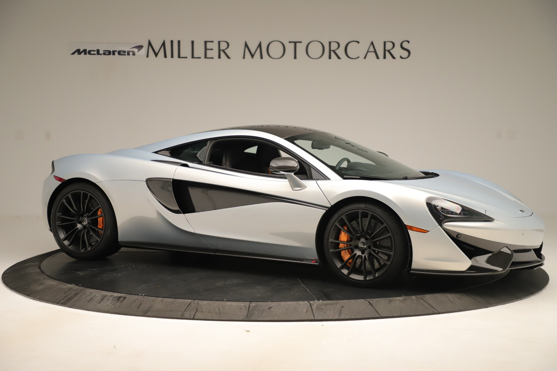 Used 2016 McLaren 570S Coupe For Sale In Greenwich, CT 3433_p9