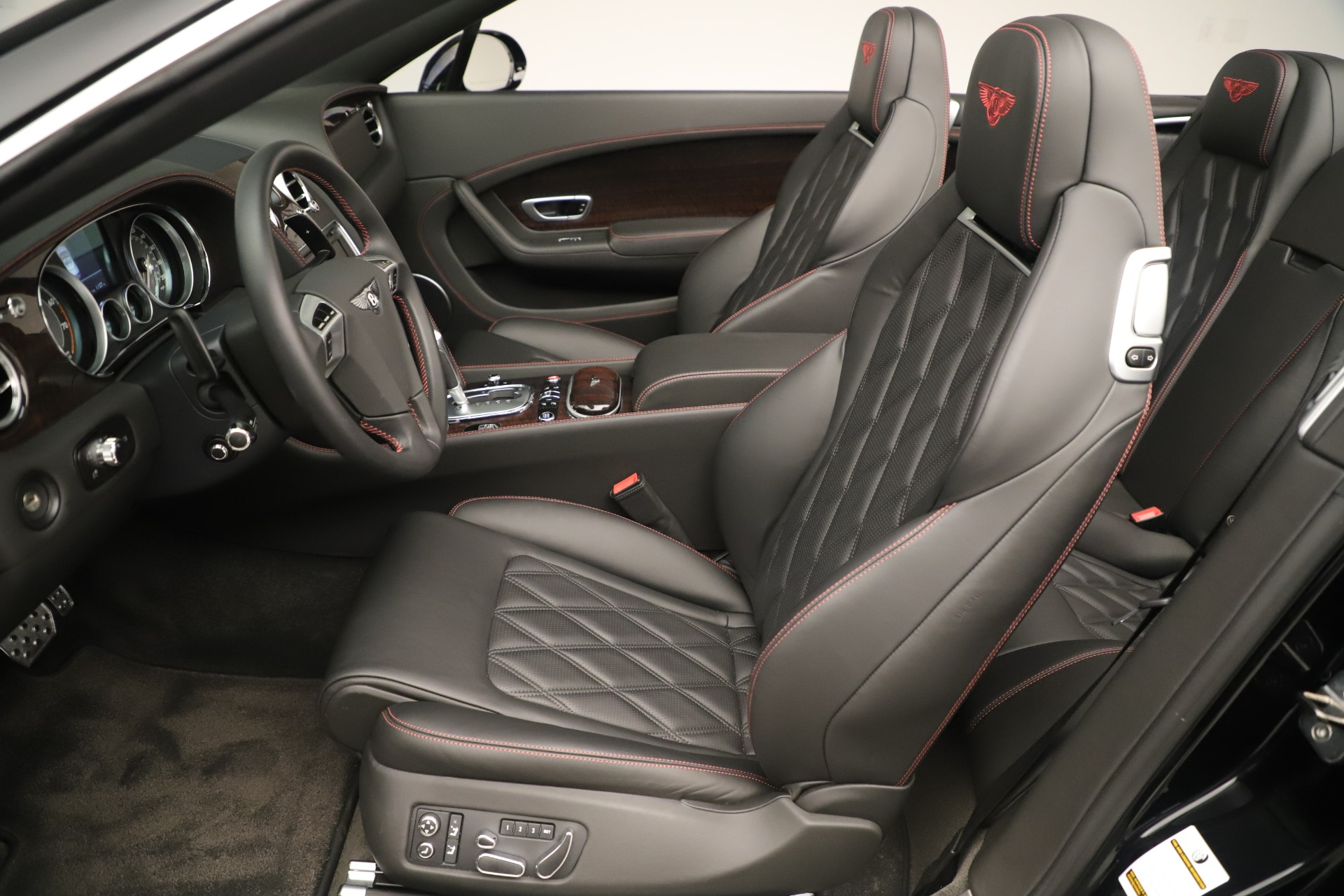 Used 2014 Bentley Continental GT V8 For Sale In Greenwich, CT 3435_p22