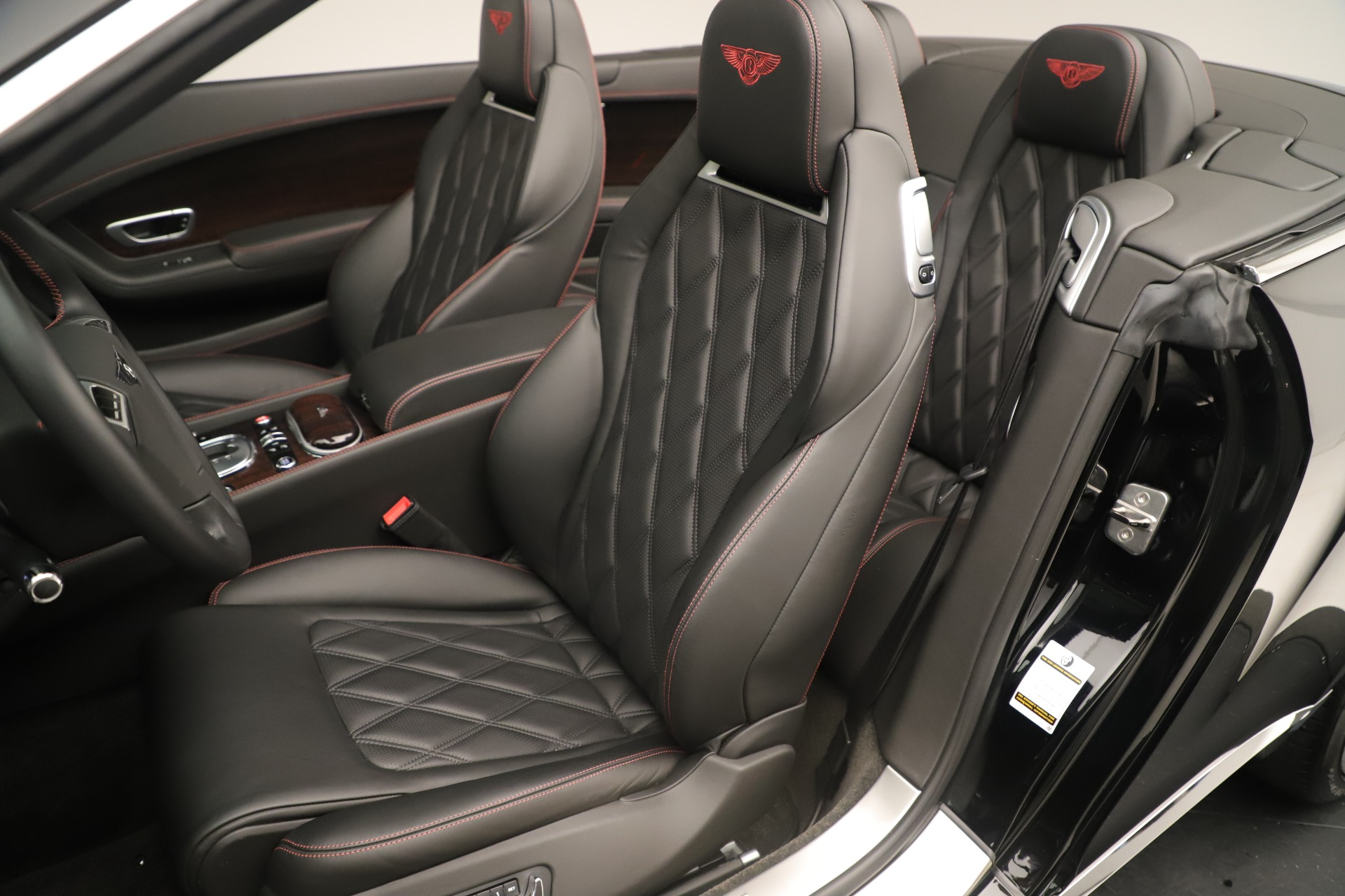 Used 2014 Bentley Continental GT V8 For Sale In Greenwich, CT 3435_p23