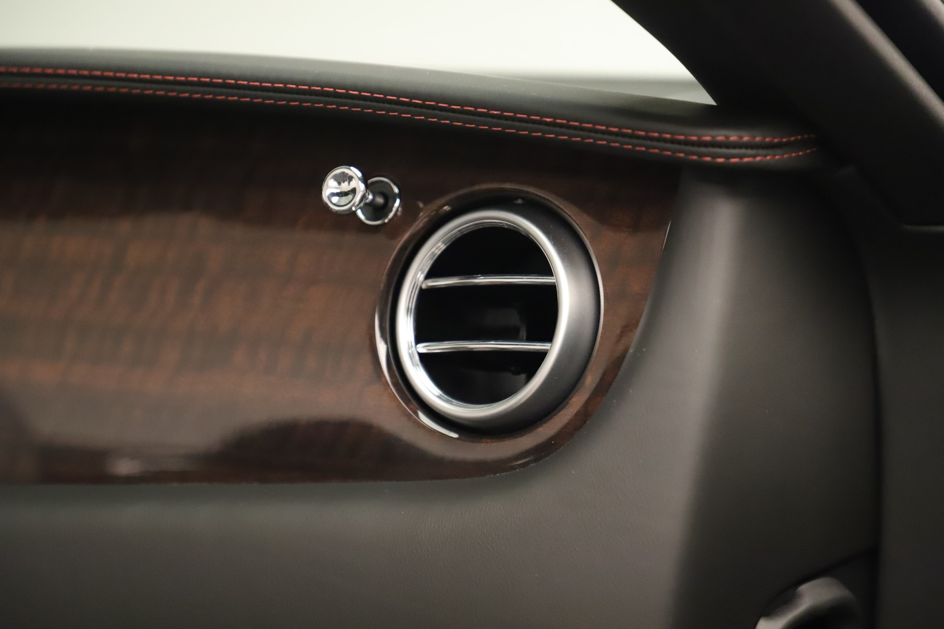 Used 2014 Bentley Continental GT V8 For Sale In Greenwich, CT 3435_p32