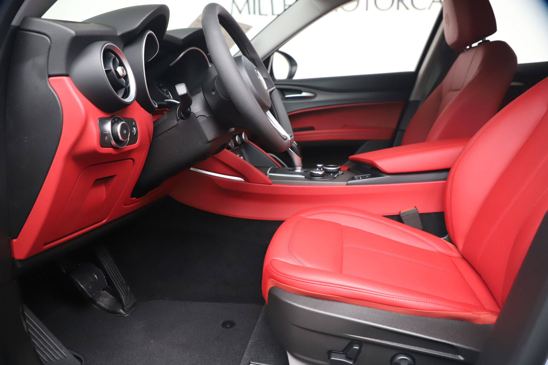 New 2019 Alfa Romeo Stelvio Ti Q4 For Sale In Greenwich, CT 3438_p14