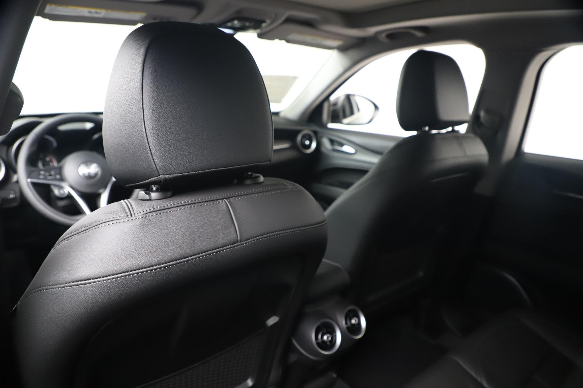 New 2019 Alfa Romeo Stelvio Ti Q4 For Sale In Greenwich, CT 3439_p20