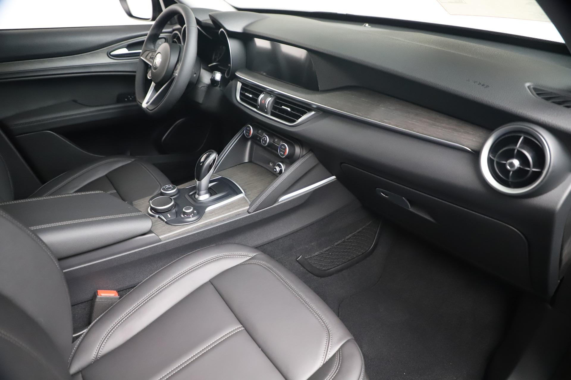 New 2019 Alfa Romeo Stelvio Ti Q4 For Sale In Greenwich, CT 3439_p22