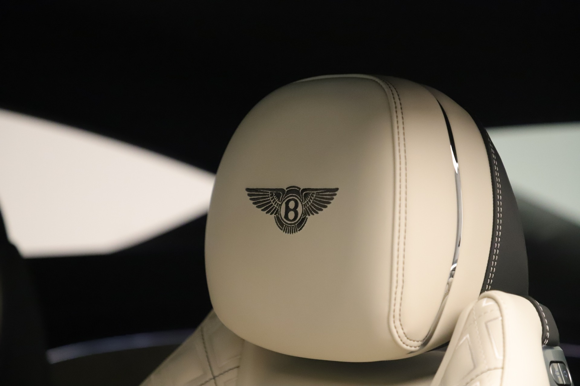 New 2020 Bentley Continental GT V8 First Edition For Sale In Greenwich, CT 3441_p24