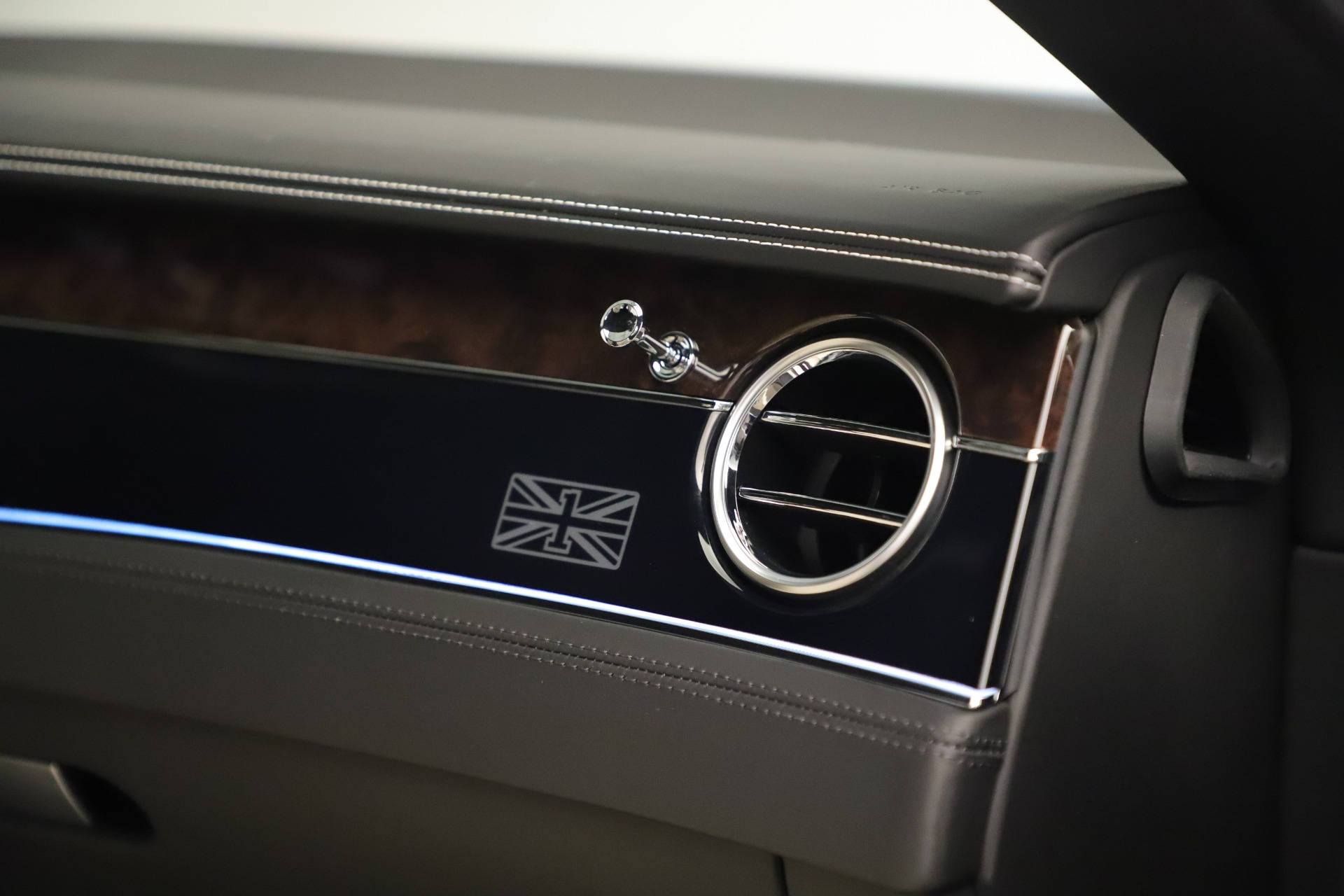 New 2020 Bentley Continental GT V8 First Edition For Sale In Greenwich, CT 3441_p29