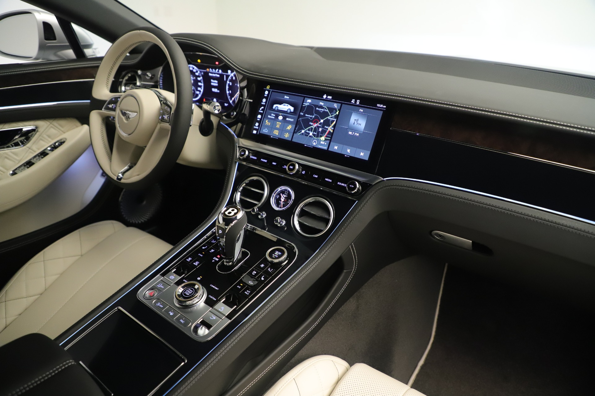New 2020 Bentley Continental GT V8 First Edition For Sale In Greenwich, CT 3441_p30