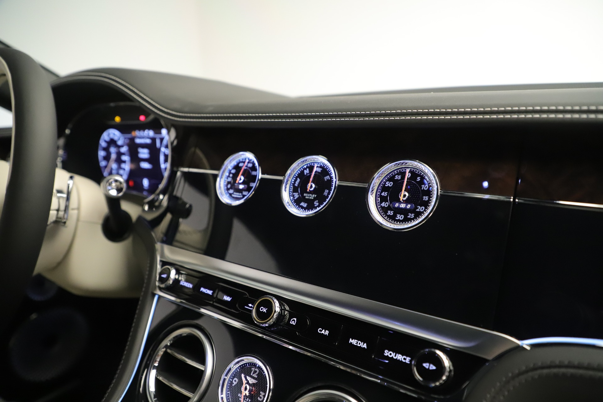 New 2020 Bentley Continental GT V8 First Edition For Sale In Greenwich, CT 3441_p31