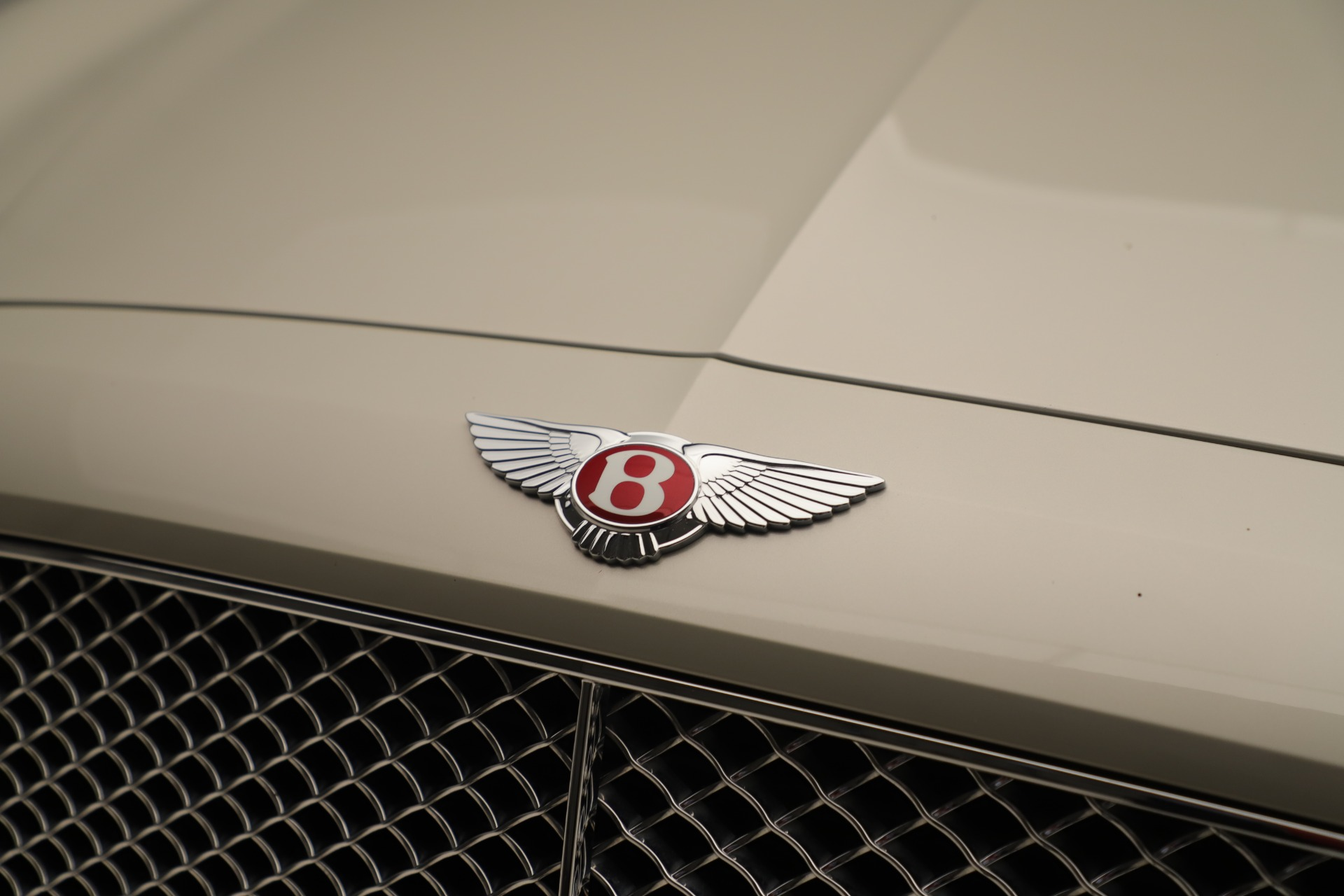 Used 2015 Bentley Flying Spur V8 For Sale In Greenwich, CT 3444_p13