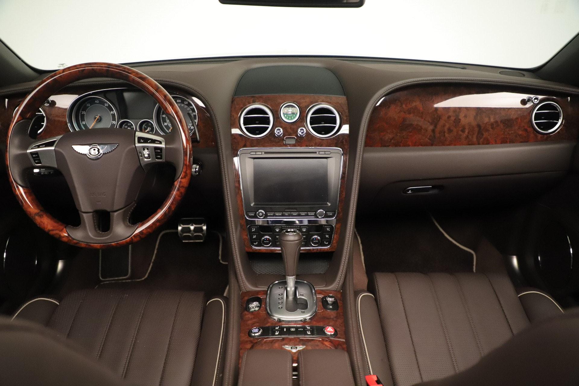 Used 2015 Bentley Flying Spur V8 For Sale In Greenwich, CT 3444_p23