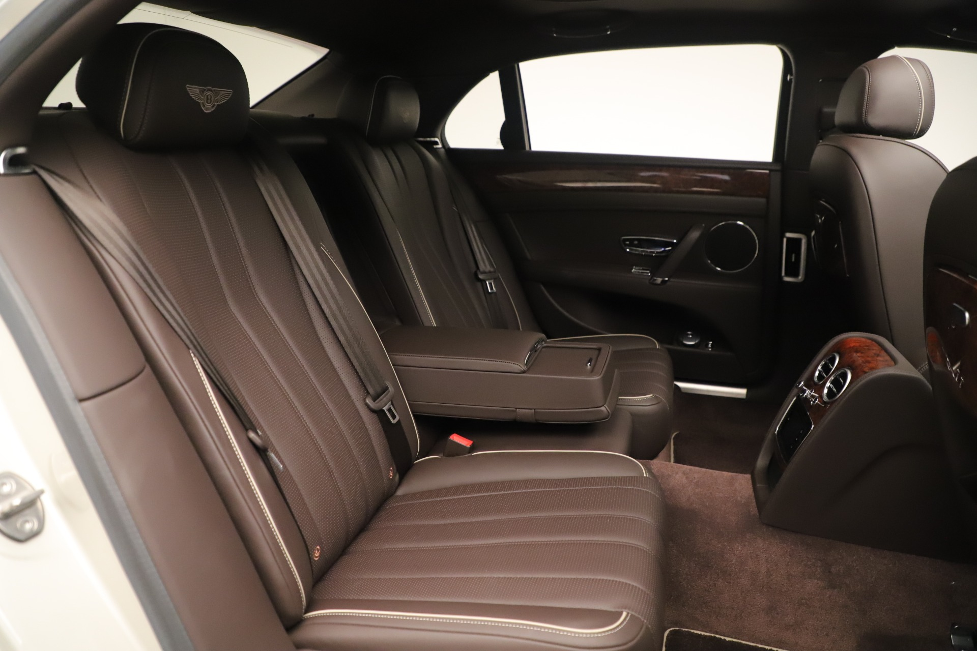 Used 2015 Bentley Flying Spur V8 For Sale In Greenwich, CT 3444_p30
