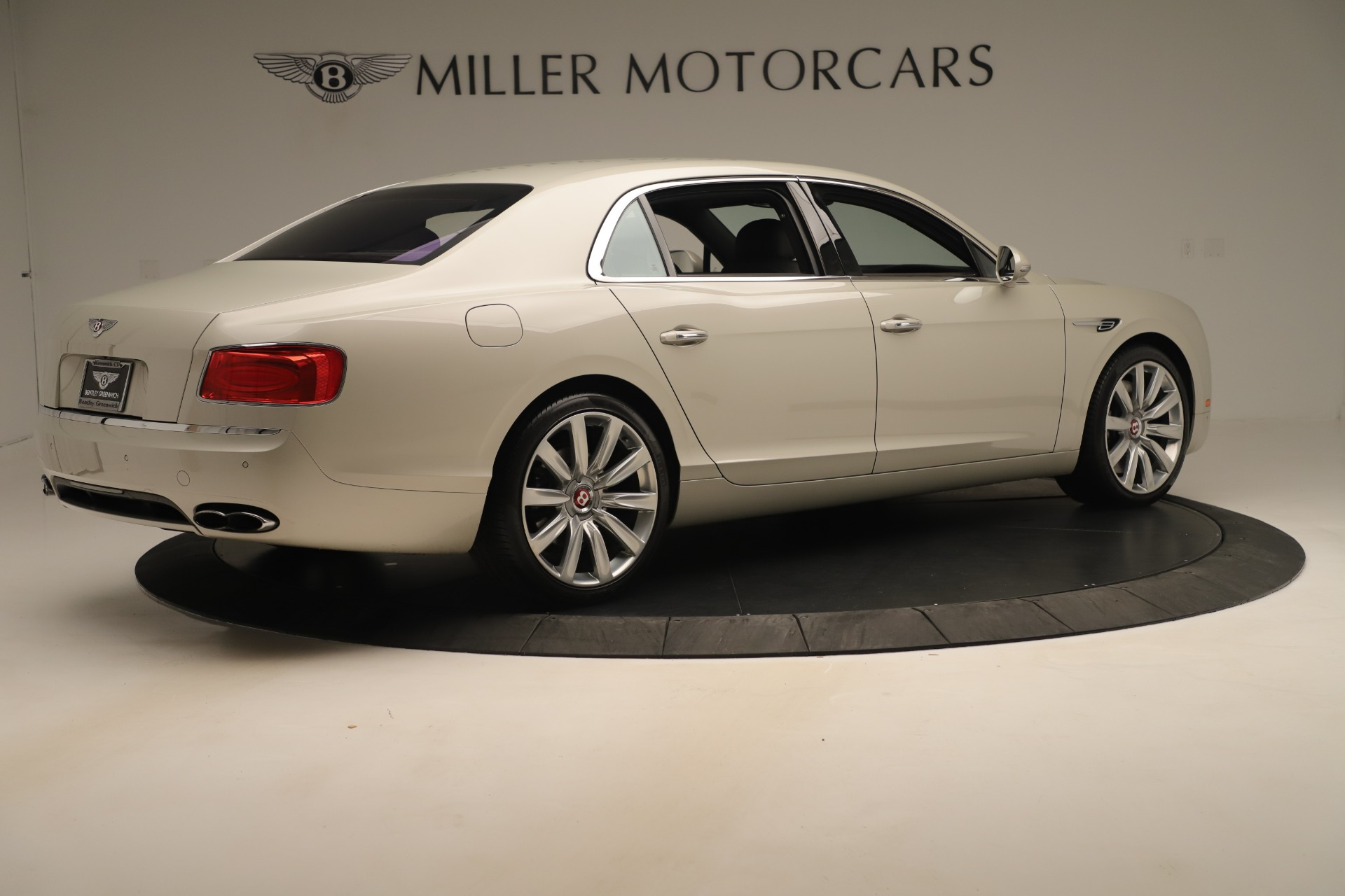 Used 2015 Bentley Flying Spur V8 For Sale In Greenwich, CT 3444_p7