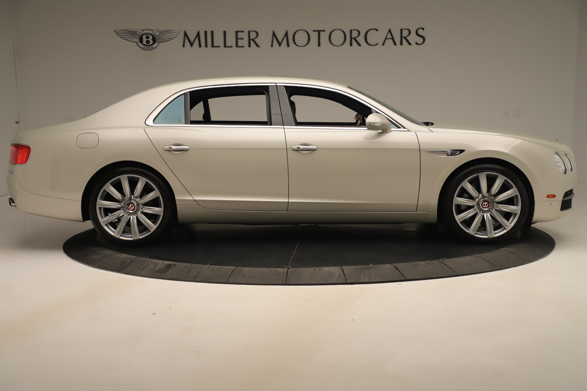 Used 2015 Bentley Flying Spur V8 For Sale In Greenwich, CT 3444_p8