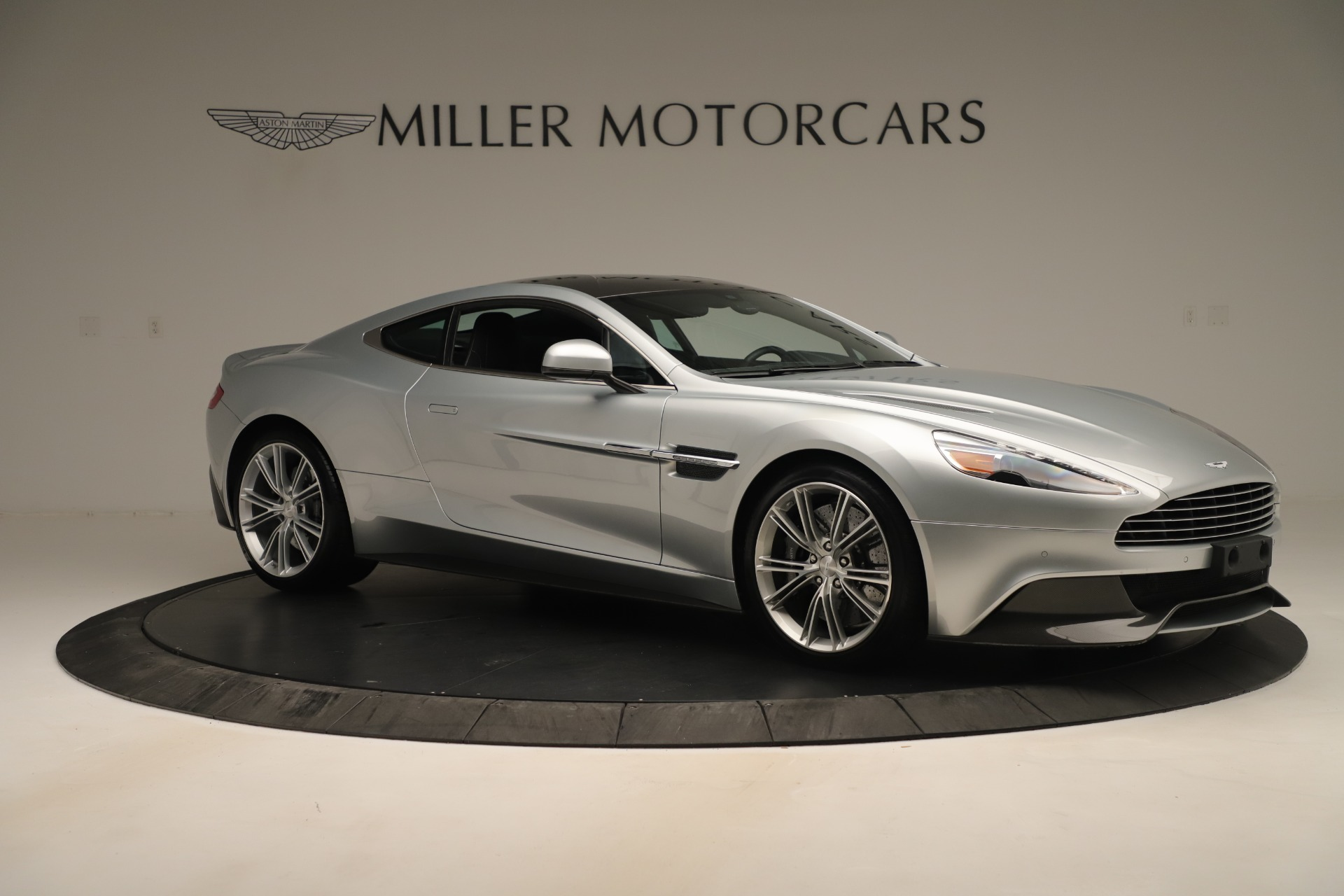 Used 2014 Aston Martin Vanquish Coupe For Sale In Greenwich, CT 3445_p9
