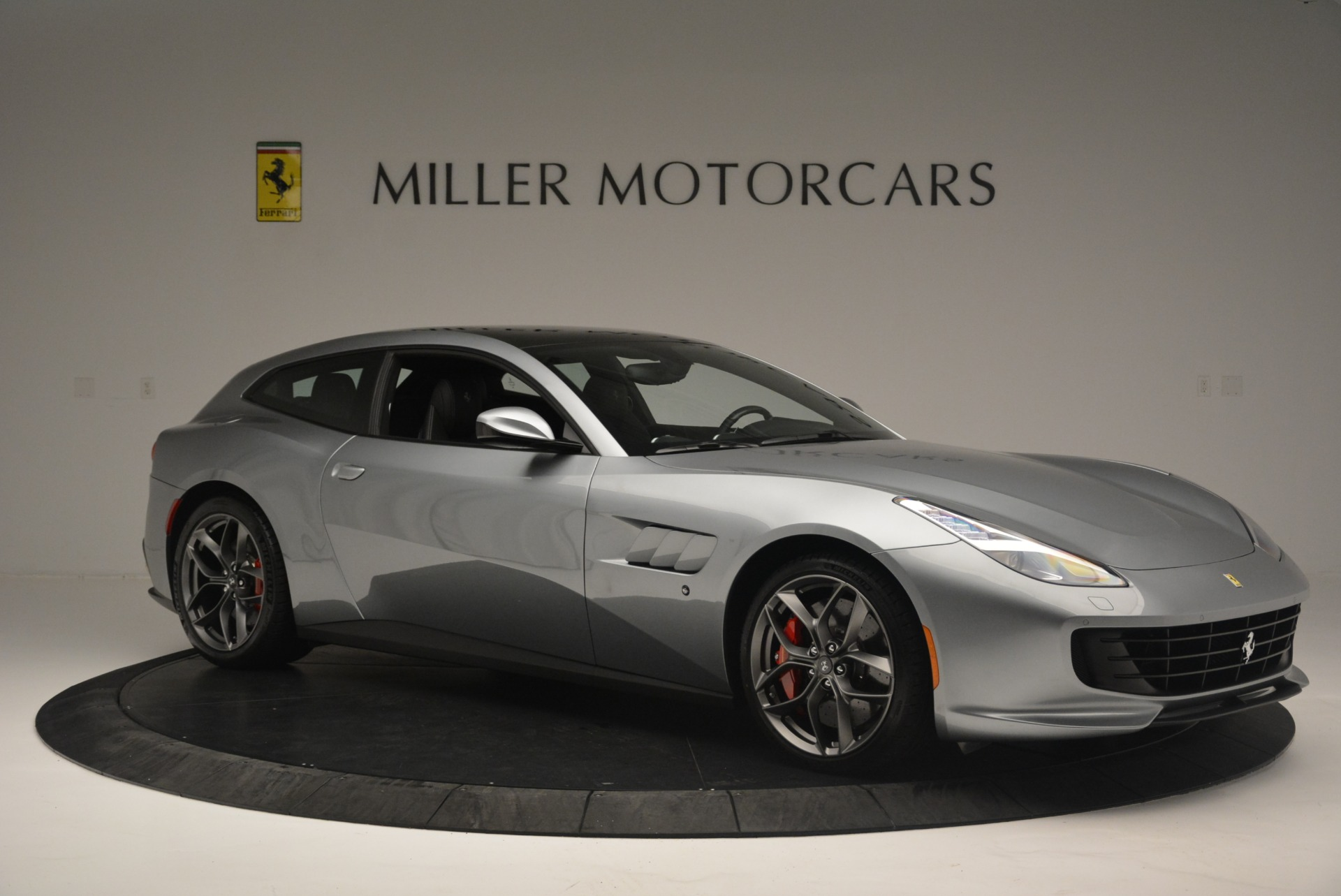 Used 2019 Ferrari GTC4LussoT V8 For Sale In Greenwich, CT 3447_p10