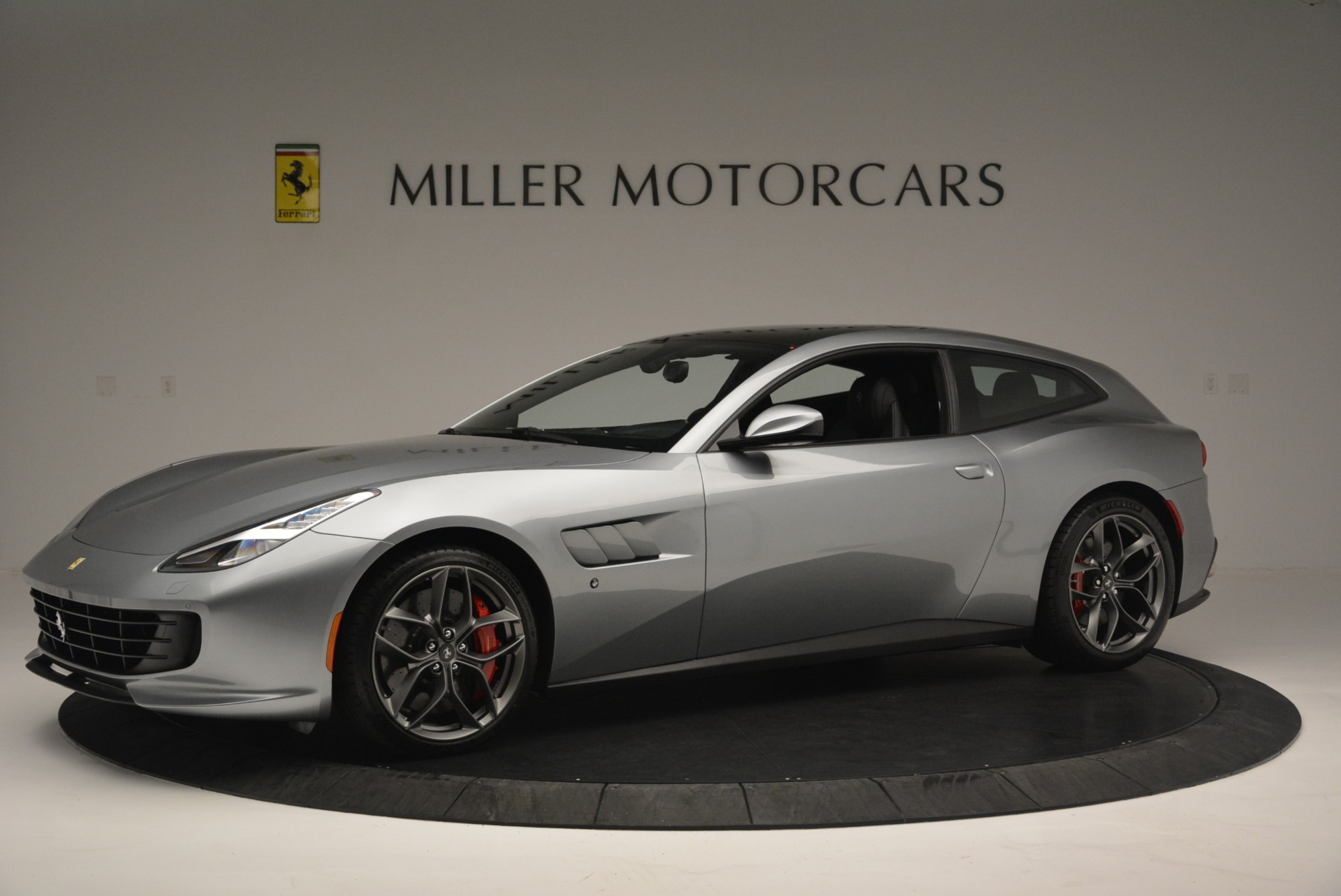 Used 2019 Ferrari GTC4LussoT V8 For Sale In Greenwich, CT 3447_p2