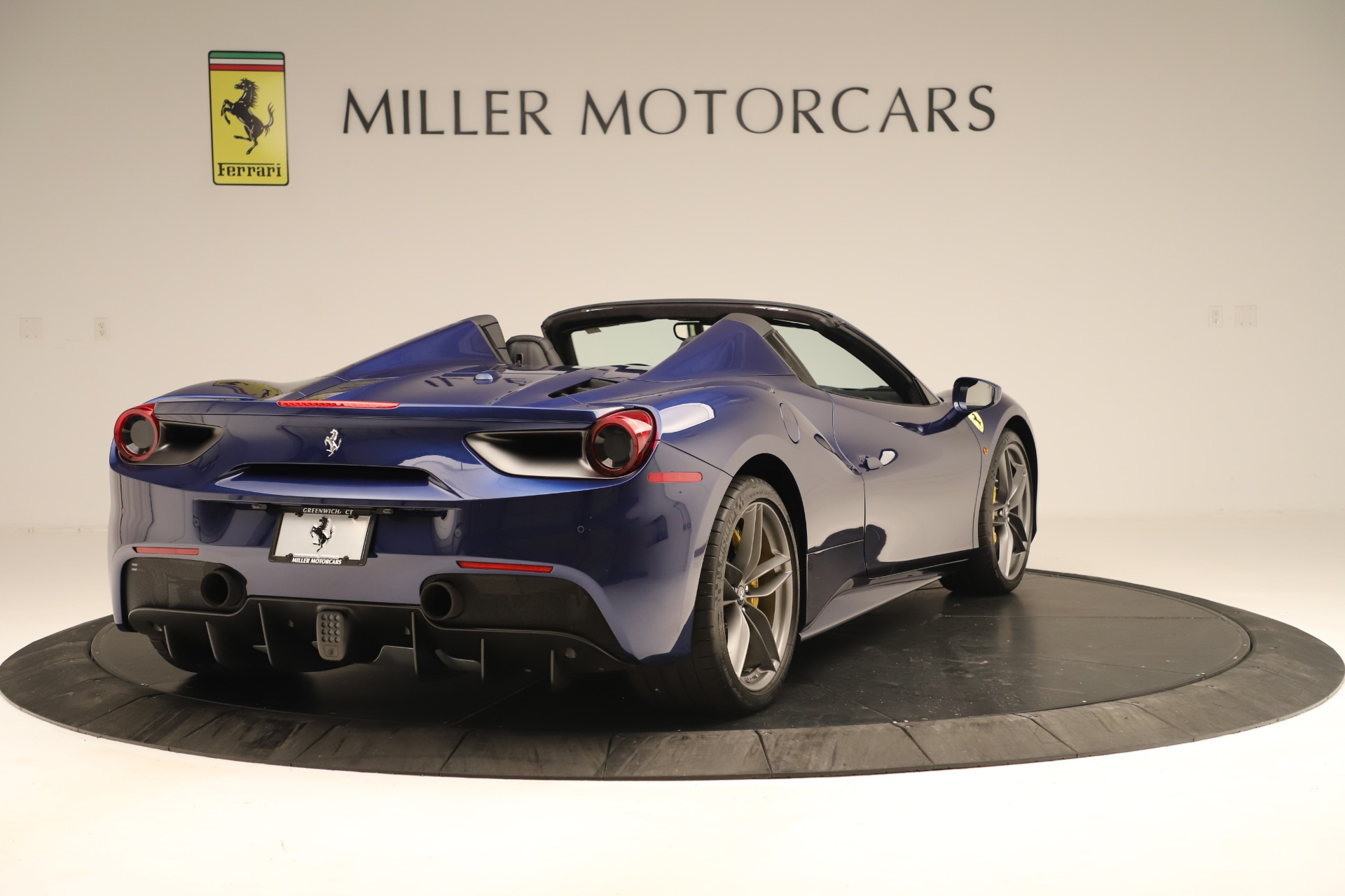 Used 2019 Ferrari 488 Spider  For Sale In Greenwich, CT 3448_p7