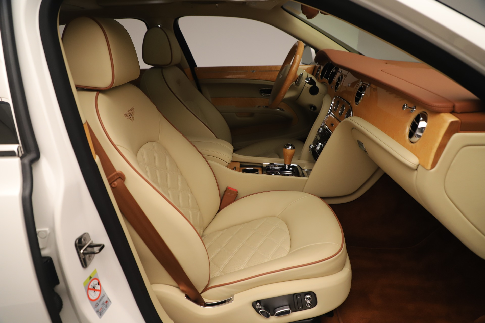 Used 2016 Bentley Mulsanne  For Sale In Greenwich, CT 3461_p26