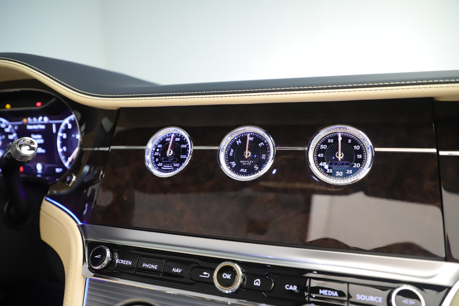 New 2020 Bentley Continental GTC V8 For Sale In Greenwich, CT 3472_p34
