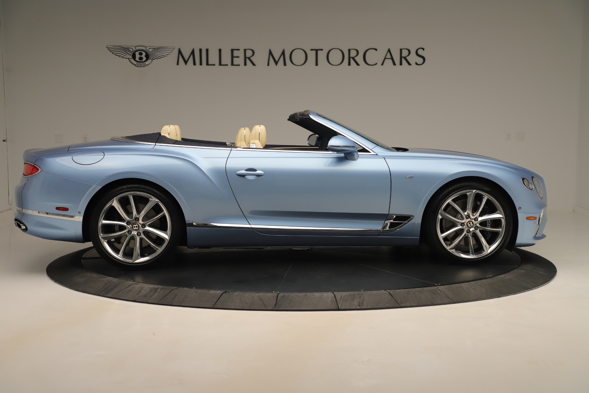New 2020 Bentley Continental GTC V8 For Sale In Greenwich, CT 3472_p9