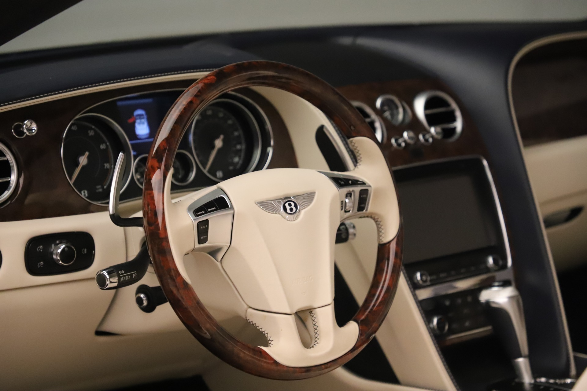 Used 2016 Bentley Continental GT W12 For Sale In Greenwich, CT 3475_p27