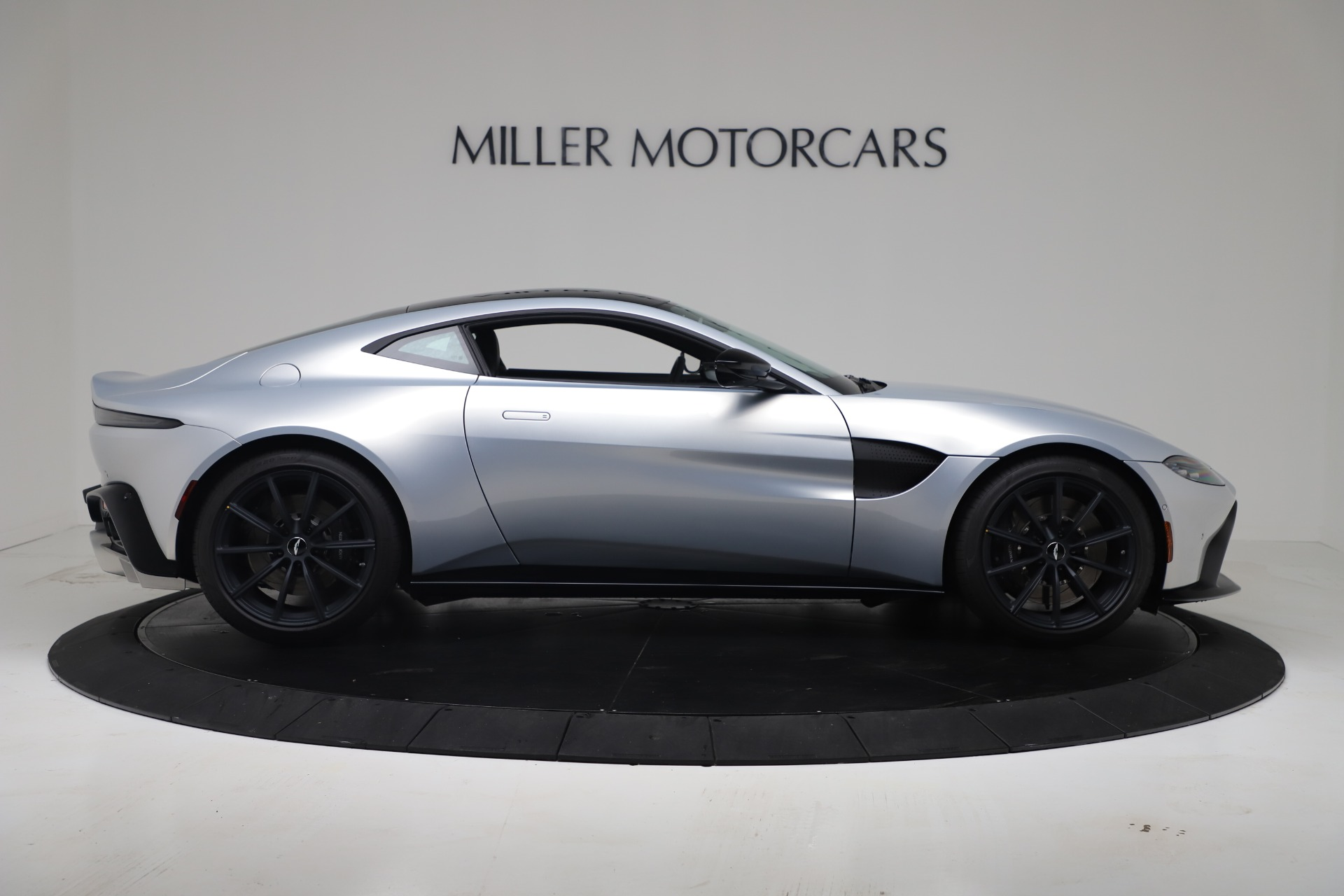 New 2020 Aston Martin Vantage Coupe For Sale In Greenwich, CT 3481_p11