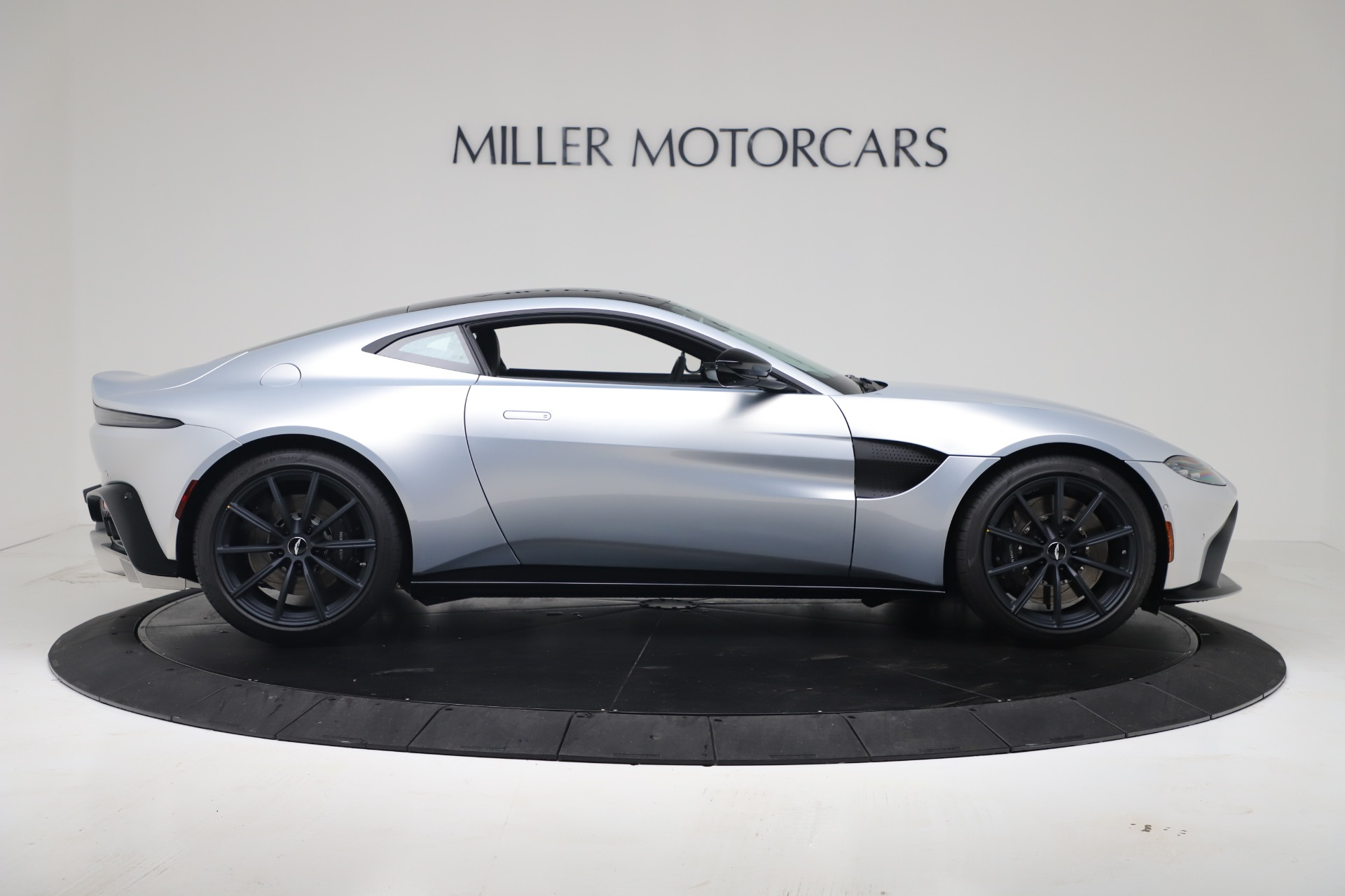 New 2020 Aston Martin Vantage Coupe For Sale In Greenwich, CT 3481_p12