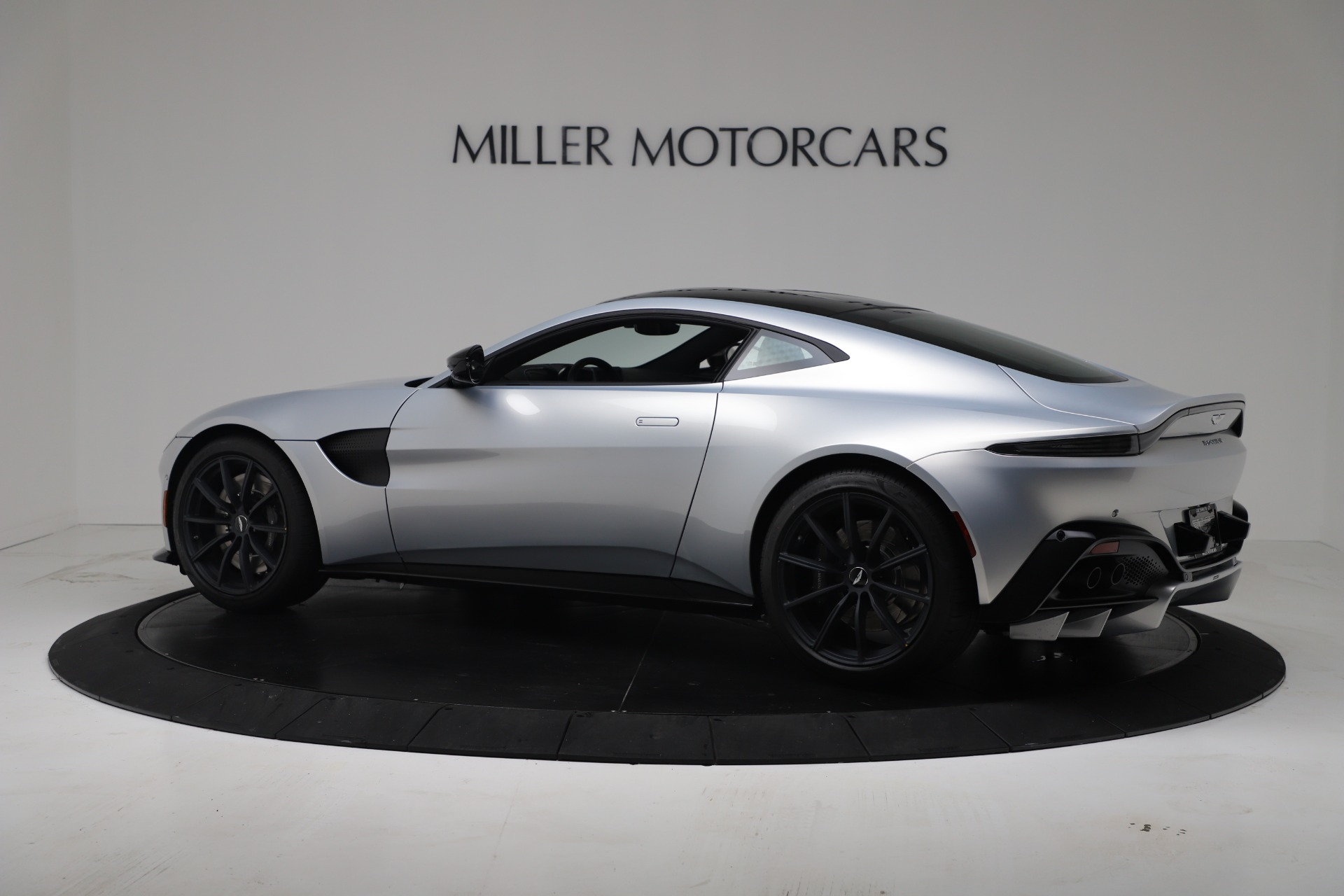 New 2020 Aston Martin Vantage Coupe For Sale In Greenwich, CT 3481_p20
