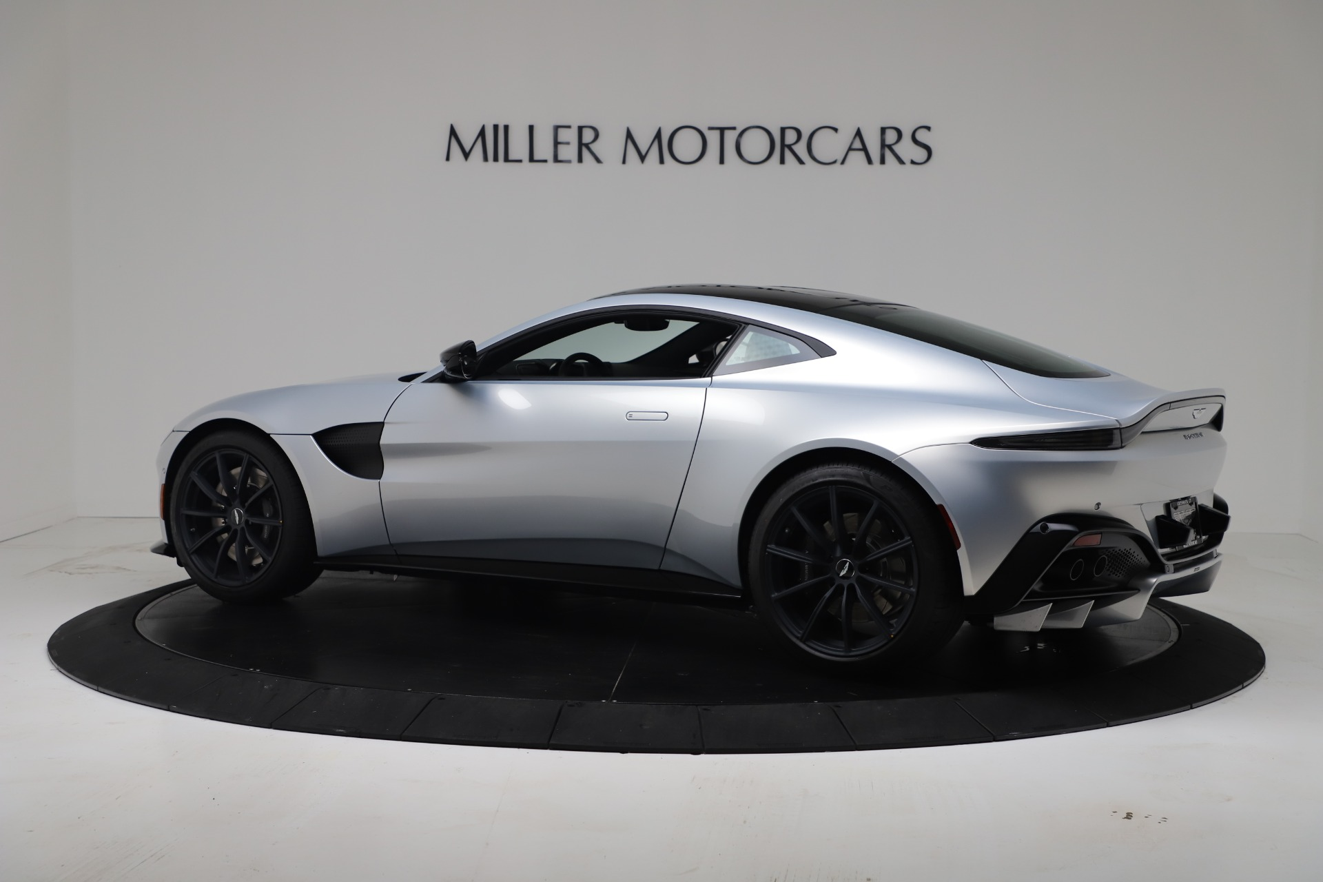 New 2020 Aston Martin Vantage Coupe For Sale In Greenwich, CT 3481_p22