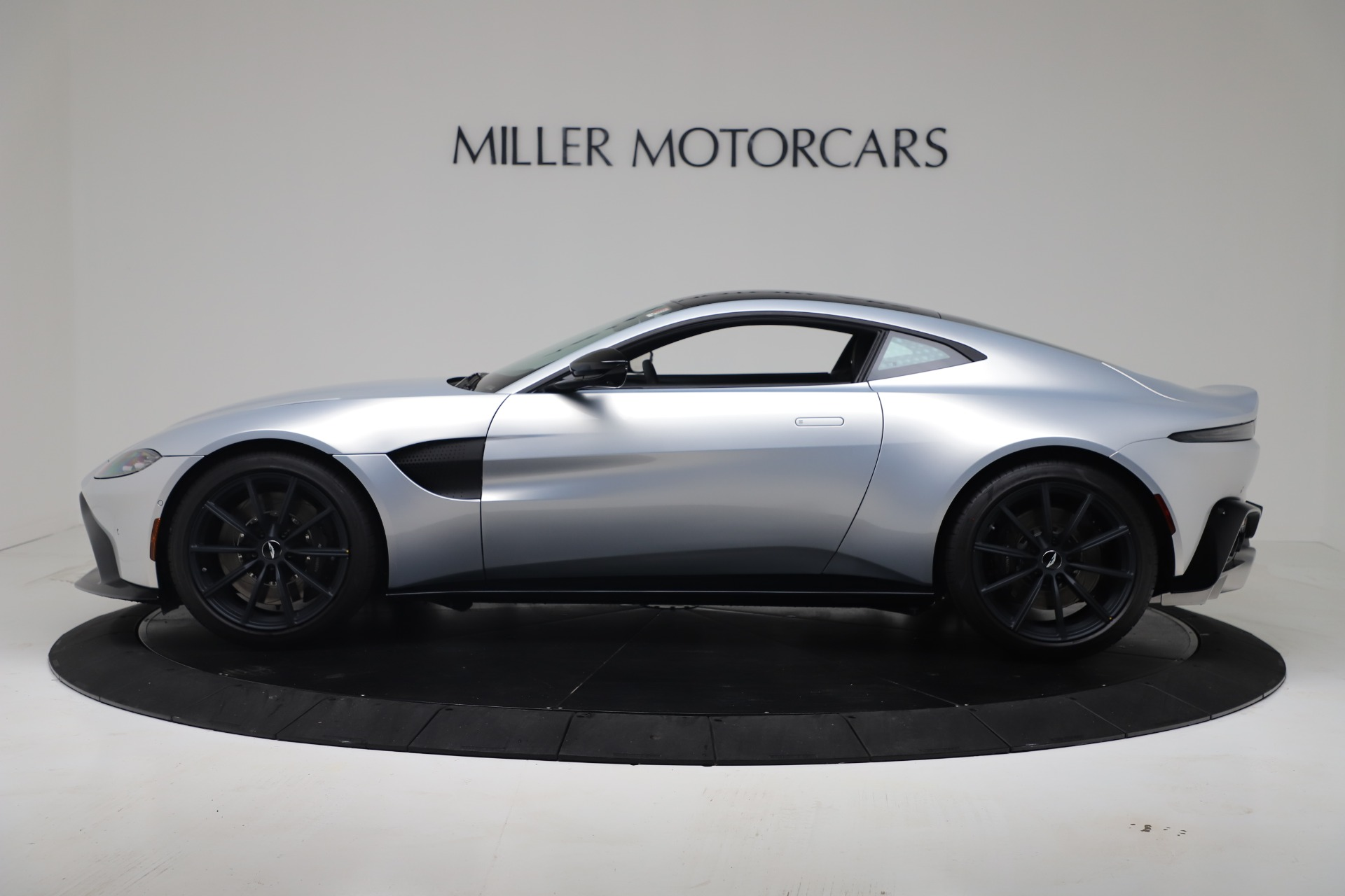 New 2020 Aston Martin Vantage Coupe For Sale In Greenwich, CT 3481_p23