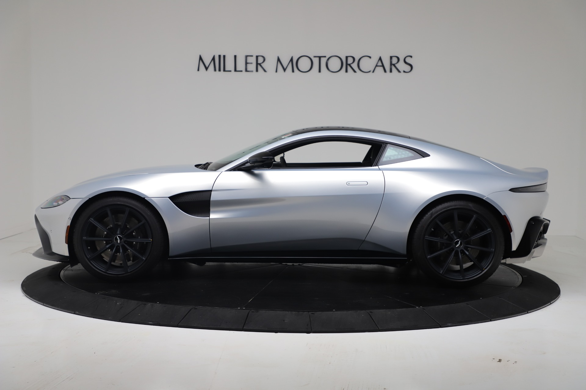 New 2020 Aston Martin Vantage Coupe For Sale In Greenwich, CT 3481_p24