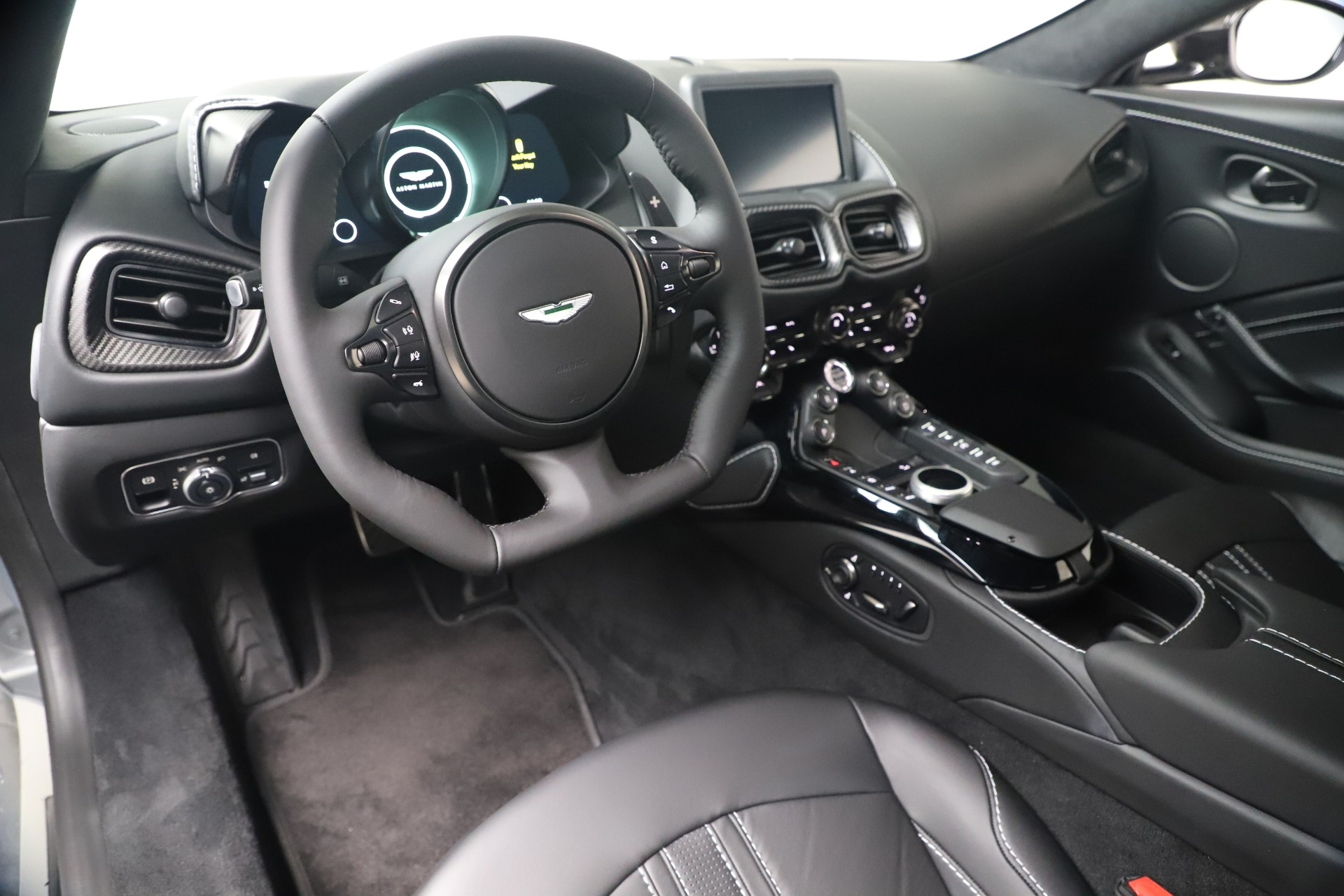 New 2020 Aston Martin Vantage Coupe For Sale In Greenwich, CT 3481_p25
