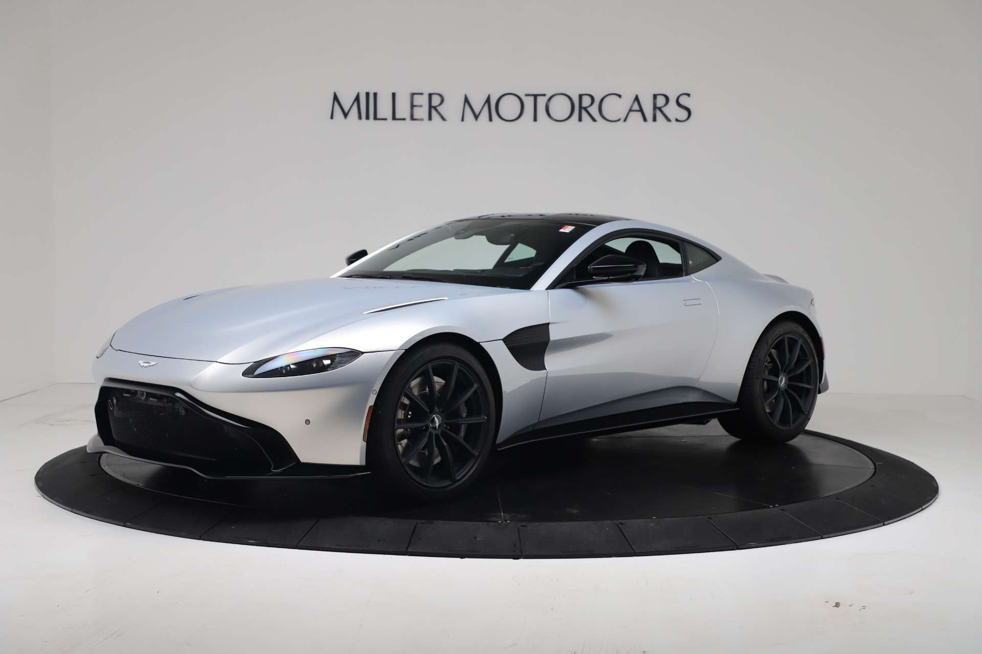 New 2020 Aston Martin Vantage Coupe For Sale In Greenwich, CT 3481_p2