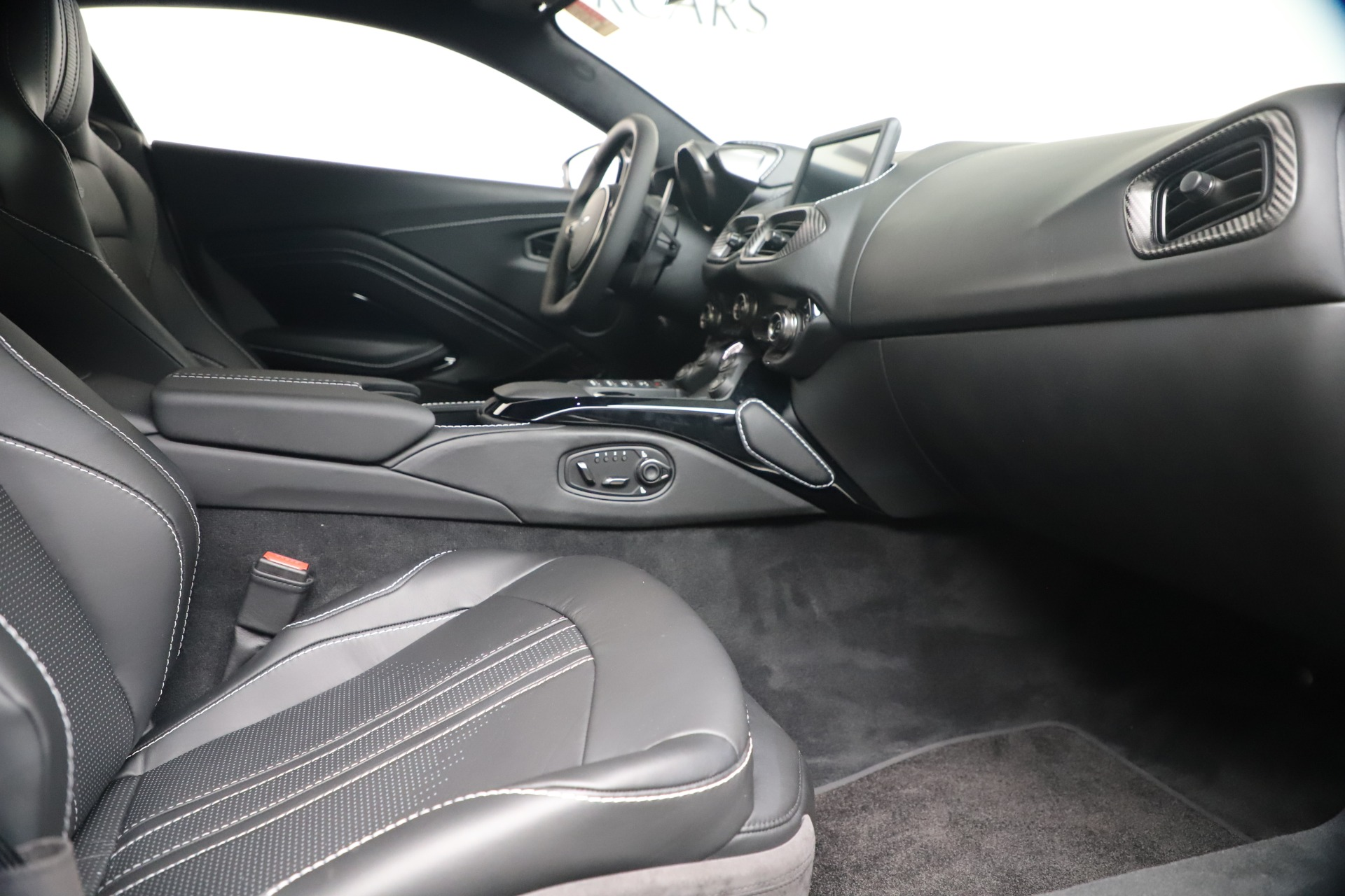 New 2020 Aston Martin Vantage Coupe For Sale In Greenwich, CT 3481_p36